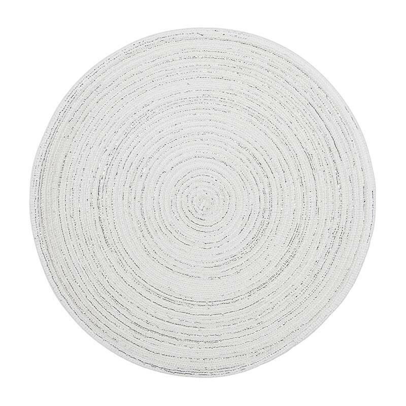 Салфетка под тарелку SONIA (4153198481)Разное<br>Артикул: 4153198481. Добавьте современному интерьеру немного викторианской романтики, используя в сервировке салфетку под тарелку SONIA. Этот белоснежный аксессуар правильной округлой формы создаст ощущение уюта и гармонии и защитит поверхность стола от капель. Салфетка создана из полипропилена и хлопка – влагоустойчивого и неприхотливого в уходе материала. Она придется кстати и на семейном ужине, и на торжественном застолье. Дизайн: Eightmood, Швеция.<br><br>stock: 30<br>Материал: полипропилен, хлопок<br>Цвет: серебро<br>Размер: None<br>Диаметр: 38<br>Страна происхождения: Швеция