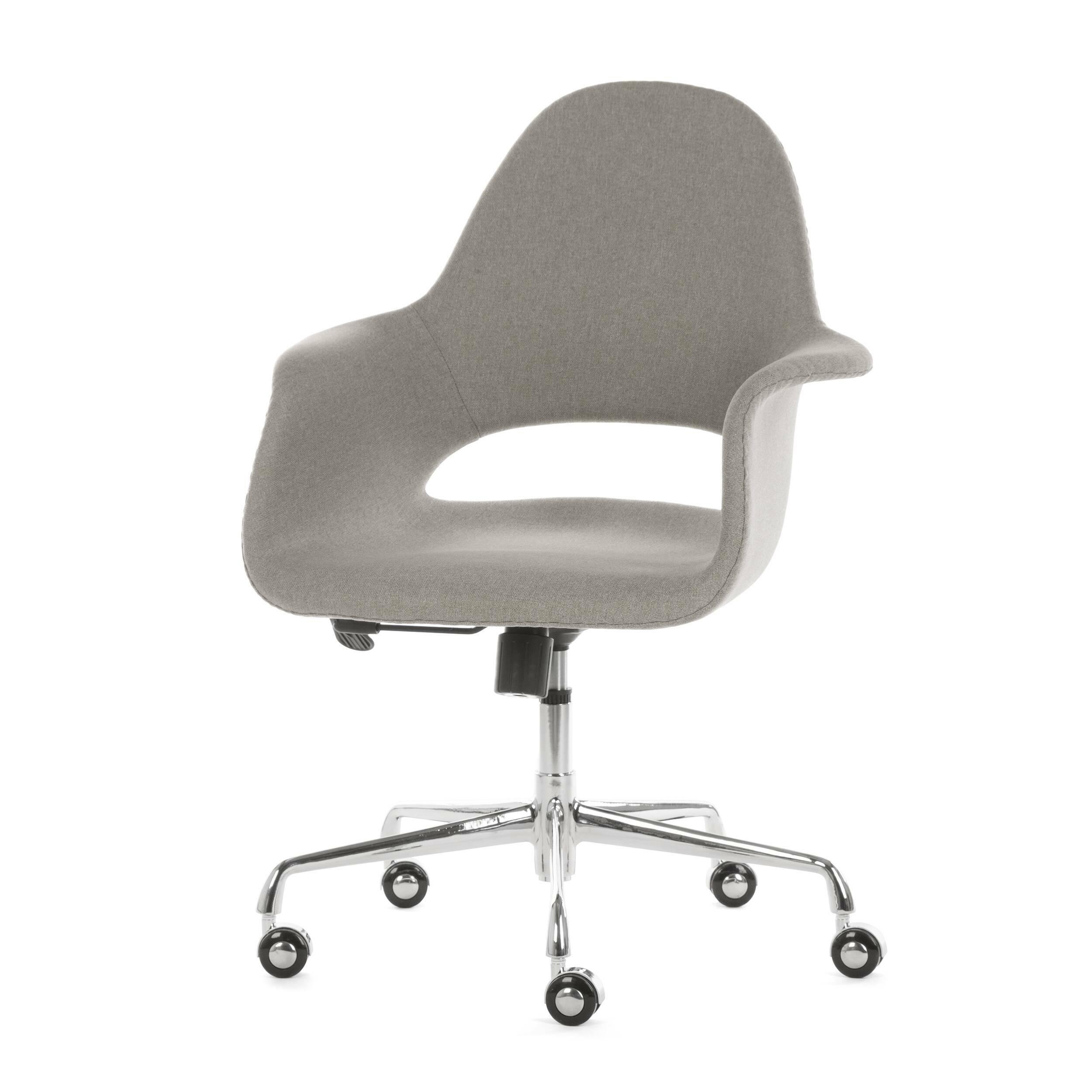 Кресло Organic RollОфисные<br>Кресло Organic Roll – это яркое изделие, которое привнесет в любой интерьер хорошее настроение и освежит его позитивными красками. Изделие не только красиво, но и удобно. Спинка и сиденье кресла обладают анатомической формой, что, безусловно, поможет сохранить красивую осанку и позволит вам работать или отдыхать без напряжения.<br><br><br> Organic Roll – это отличное сочетание красоты и высокого качества. Обивка сиденья изготавливается из экологичной ткани, которая соткана из хлопка и льна. Кон...<br><br>stock: 3<br>Высота: 100<br>Высота сиденья: 50<br>Ширина: 62,5<br>Глубина: 61<br>Цвет ножек: Хром<br>Механизмы: Регулировка высоты<br>Материал ножек: Сталь нержавеющая<br>Материал обивки: Ткань<br>Цвет обивки: Серый