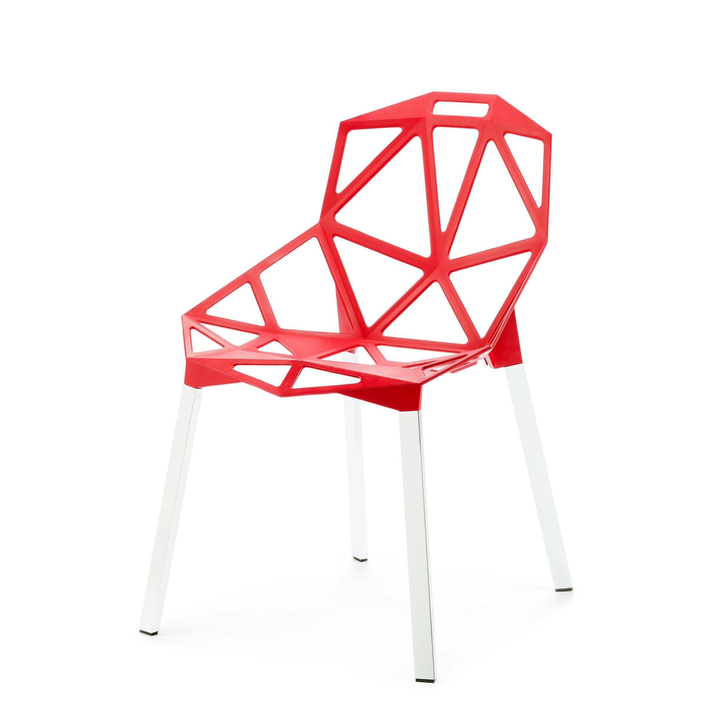 Стул OneИнтерьерные<br>Стильный и модный стул One от немецкого дизайнера Константина Грчича — вариант для тех, кто не может представить себе свой будущий интерьер без новомодных дизайнерских решений. Стул выполнен из чистого алюминия. Несмотря на столь грубый и прочный материал, комфортность стула ни в чем не пострадала. Отдыхать в нем так же удобно, как и в комфортабельном кресле. Это уютное «гнездышко» обязательно придется по вкусу и самым маленьким — изделие отлично подойдет и для детской.<br> <br> Стул доступен в ч...<br><br>stock: 0<br>Высота: 81<br>Высота сиденья: 45,5<br>Ширина: 55<br>Глубина: 57<br>Цвет ножек: Белый<br>Тип материала каркаса: Алюминий<br>Цвет каркаса: Красный
