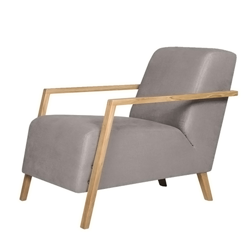 Кресло Foxi кожаноеИнтерьерные<br>Дизайнерское комфортное однотонное мягкое кресло Foxi (Фокси) с длинным сиденьем от Sits (Ситс).<br><br><br> Компания Sits, дизайнеры которой радуют нас необыкновенно удобной и элегантной мебелью со шведскими чертами, известна на весь мир своими интересными, уникальными разработками в области мягкой мебели. Представленное здесь кресло Foxi кожаное — яркий тому пример. Кресло напоминает собой небольшой шезлонг, на котором так и тянет отдохнуть в солнечный денек или почитать любимую книгу в дождли...<br><br>stock: 0<br>Высота: 77<br>Ширина: 67<br>Глубина: 96<br>Цвет ножек: Дуб<br>Высота подлокотников: 43<br>Коллекция ткани: Matrix Leather<br>Тип материала обивки: Кожа<br>Тип материала ножек: Дерево<br>Цвет обивки: Светло-серый