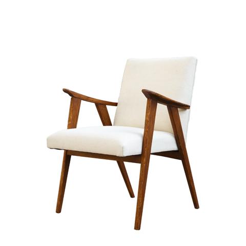 Кресло Тайлер (SE-20012-1-OAK/FB-192)Интерьерные<br>ROOMERS – это особенная коллекция, воплощение всего самого лучшего, модного и новаторского в мире дизайнерской мебели, предметов декора и стильных аксессуаров. Интерьерные решения от ROOMERS – всегда актуальны, более того, они - на острие моды. Коллекции ROOMERS тщательно отбираются и обновляются дважды в год специально для вас.<br><br>stock: 11<br>Высота: 87<br>Ширина: 67<br>Материал: каркас массив дуба, обивка лен<br>Цвет: natural oak/beige<br>Длина: 66<br>Ширина: 67<br>Высота: 87<br>Длина: 66