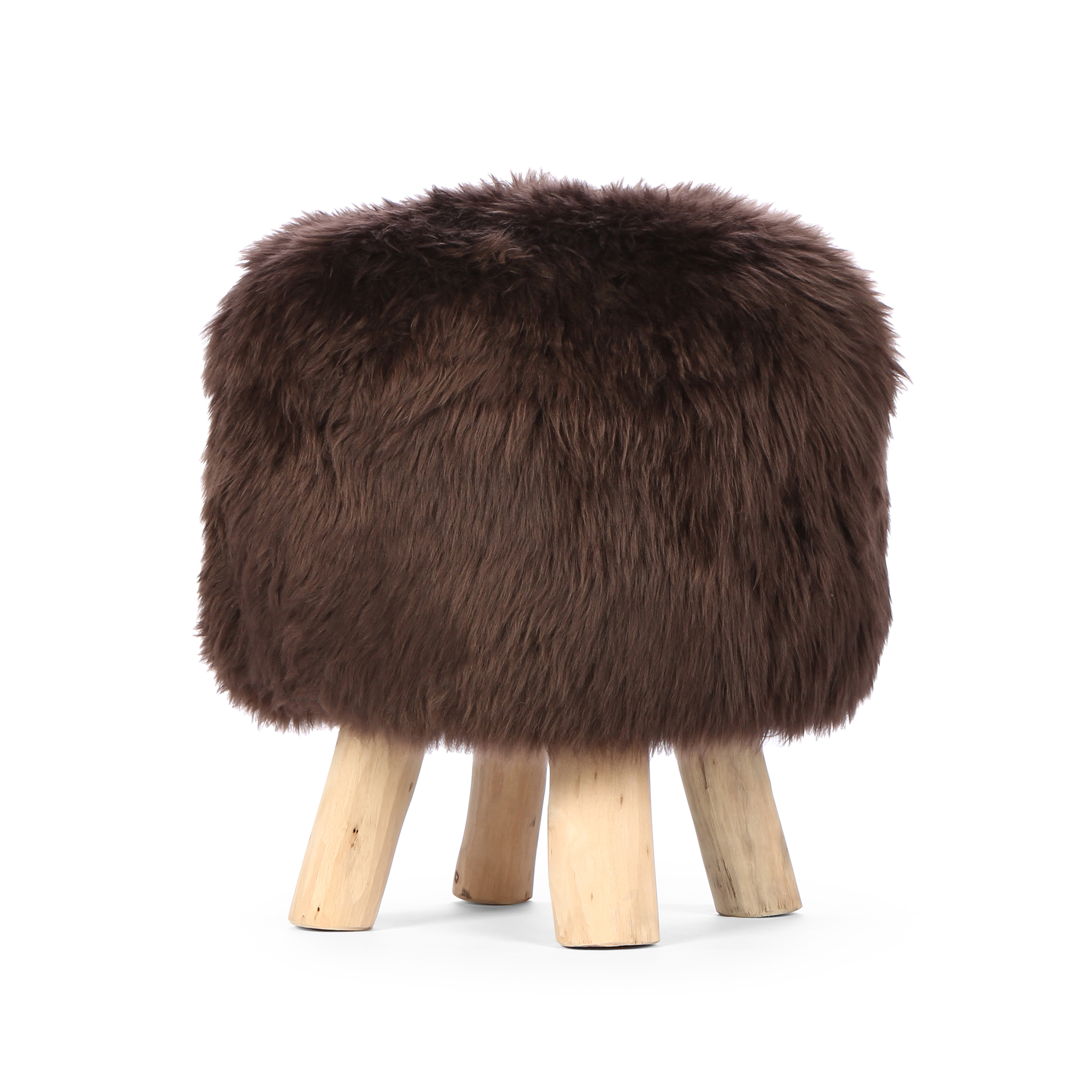 Табурет NordicТабуреты<br>Нет, он не лает и не кусается... Это табурет Nordic от компании Cosmo, который станет отличным дополнением к вашему интерьеру в скандинавском стиле.<br><br> Сегодня украшать интерьер овечьей шкурой является особо актуальным трендом, при этом помещение выглядит особенно уютно. К тому же ножки табурета изготовлены из сучьев настоящего дерева, которые тоже добавляют облику изделия естественного очарования. Сами по себе меховые шкуры очень приятные и мягкие на ощупь, они обладают успокаивающим и рас...<br><br>stock: 2<br>Высота: 40<br>Диаметр: 40<br>Цвет ножек: Белый дуб<br>Тип производства: Ручное производство<br>Материал ножек: Массив дуба<br>Материал сидения: Шкура овечья<br>Цвет сидения: Коричневый<br>Тип материала сидения: Ткань<br>Тип материала ножек: Дерево