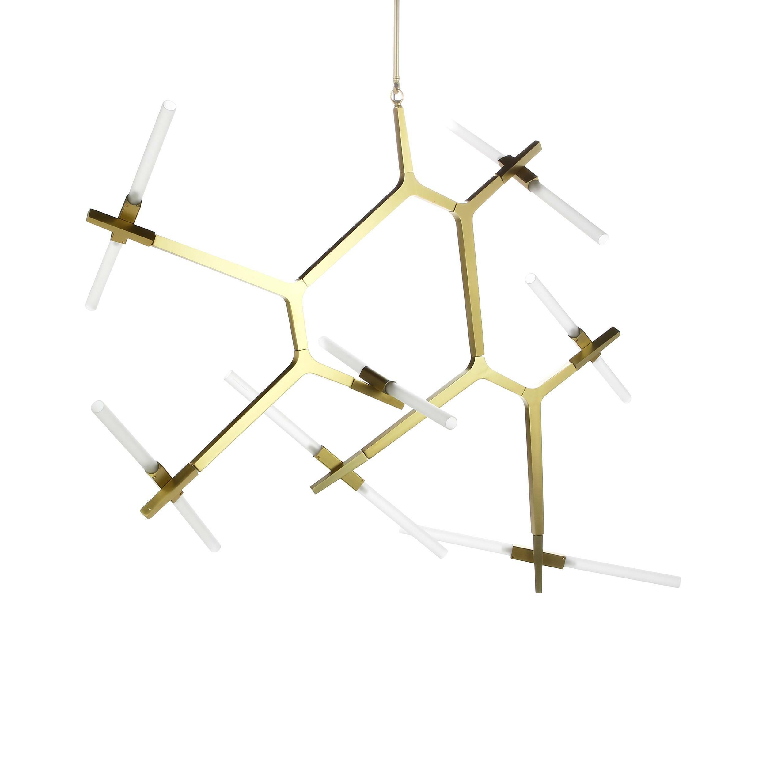 Подвесной светильник Agnes 14 лампПодвесные<br>Оригинальная геометрия подвесного светильника Agnes 14 ламп удачно дополнит интерьер спален, гостиных и офисных помещений. Стеклянные плафоны, закрепленные на алюминиевом каркасе, отражают веяния современного стиля и радуют функциональностью, максимально наполняя пространство светом. Сдержанная цветовая палитра позволит вам наиболее выигрышно расставить акценты и смягчит колористическое решение интерьера.<br><br><br> Автор данной модели — Линдси Адамс Адельман, превратившая осветительные прибо...<br><br>stock: 0<br>Высота: 131<br>Диаметр: 164<br>Количество ламп: 14<br>Материал абажура: Стекло<br>Материал арматуры: Алюминий<br>Мощность лампы: 2<br>Ламп в комплекте: Нет<br>Напряжение: 220<br>Тип лампы/цоколь: G9 LED<br>Цвет абажура: Белый<br>Цвет арматуры: Бронза