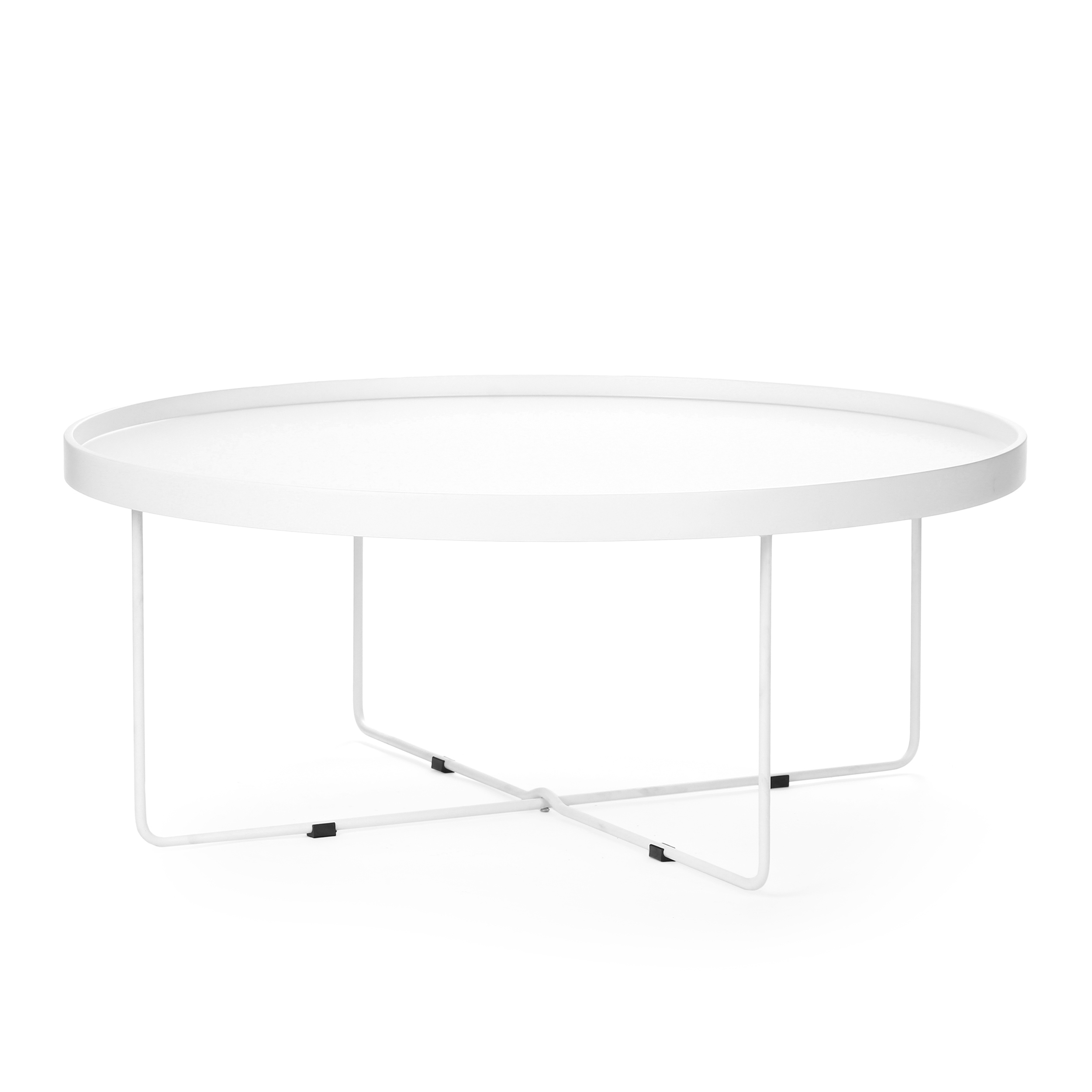 Кофейный стол SparkleКофейные столики<br>Дизайнерский большой легкий кофейный стол Sparkle (Спаркл) на стальных ножках от Cosmo (Космо).<br><br>Кофейный стол Sparkle — предмет, который с легкостью может стать полезным не только в интерьере. Благодаря тому, что он практически невесом, его можно переносить, брать с собой на пикники или в походы. Представьте себе романтическое свидание на берегу живописного озера: щебет птиц, ароматные напитки, свежий воздух... ну и конечно же оригинальный кофейный стол Sparkle! <br> <br> Столешницу Sparkle ...<br><br>stock: 18<br>Высота: 37<br>Диаметр: 90<br>Цвет ножек: Белый<br>Цвет столешницы: Белый<br>Тип материала столешницы: МДФ<br>Тип материала ножек: Сталь