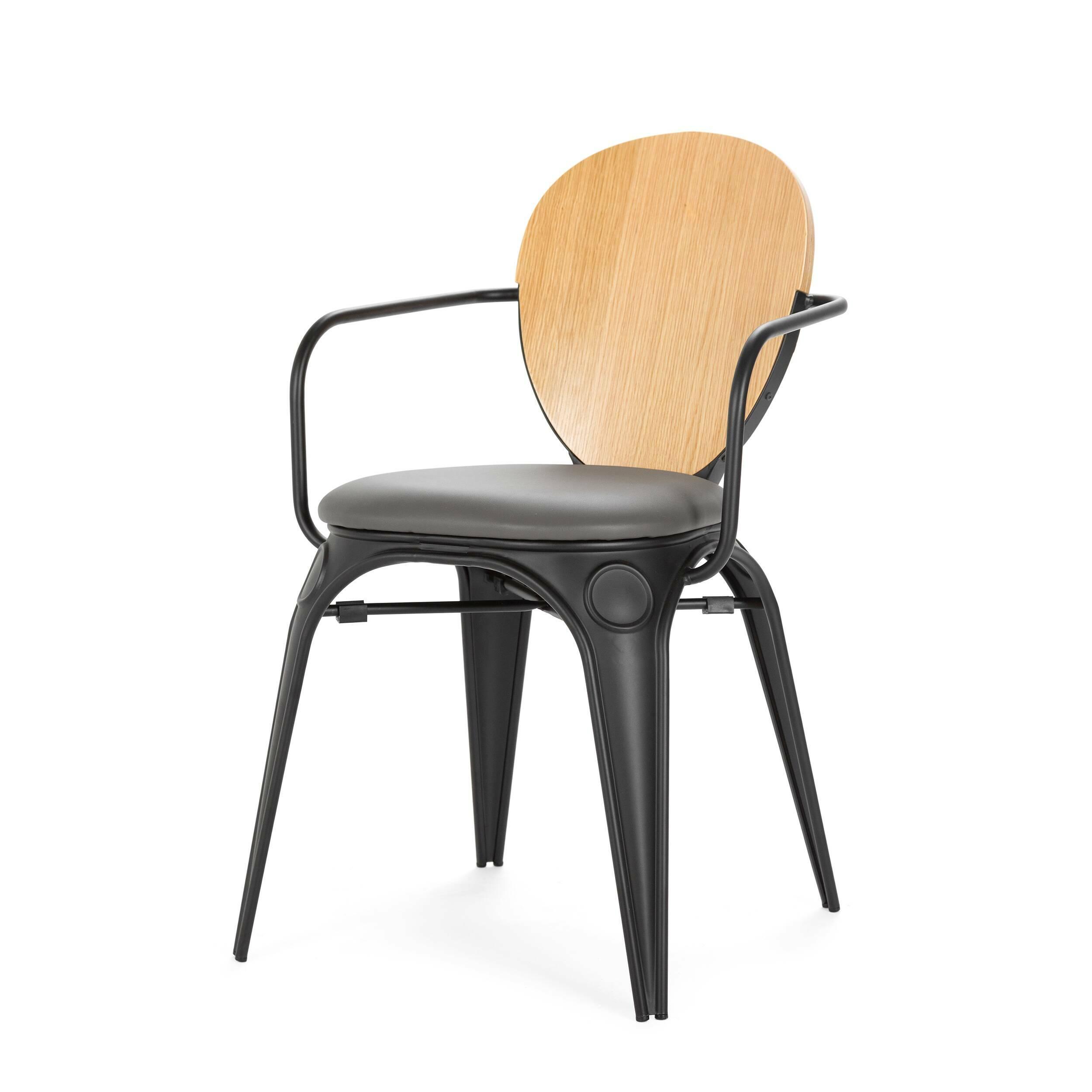 Стул Louix с подушкойИнтерьерные<br>Дизайнерский стул Louix (Луи) из стали с кожаным сиденьем и деревянной спинкой от Cosmo (Космо).<br><br>     Дизайнер Александр Аразола виртуозно соединил практичность и эстетику. Его творения не просто стильные, они имеют свой характер, свое настроение. Легкость и простота присутствуют и в этом стуле.<br><br><br>     Светлый и оригинальный, прочный и надежный, стул Louix с подушкой спроектирован в чистом французском стиле, на стыке индустриальной техники, популярной во Франции в 20-х годах ХХ века, и ...<br><br>stock: 1<br>Высота: 83.5<br>Высота сиденья: 46<br>Ширина: 60<br>Глубина: 52<br>Цвет спинки: Дуб<br>Материал спинки: Фанера, шпон дуба<br>Тип материала каркаса: Сталь<br>Материал сидения: Полиуретан<br>Цвет сидения: Бирюзовый<br>Тип материала спинки: Дерево<br>Тип материала сидения: Кожа искусственная<br>Цвет каркаса: Черный матовый