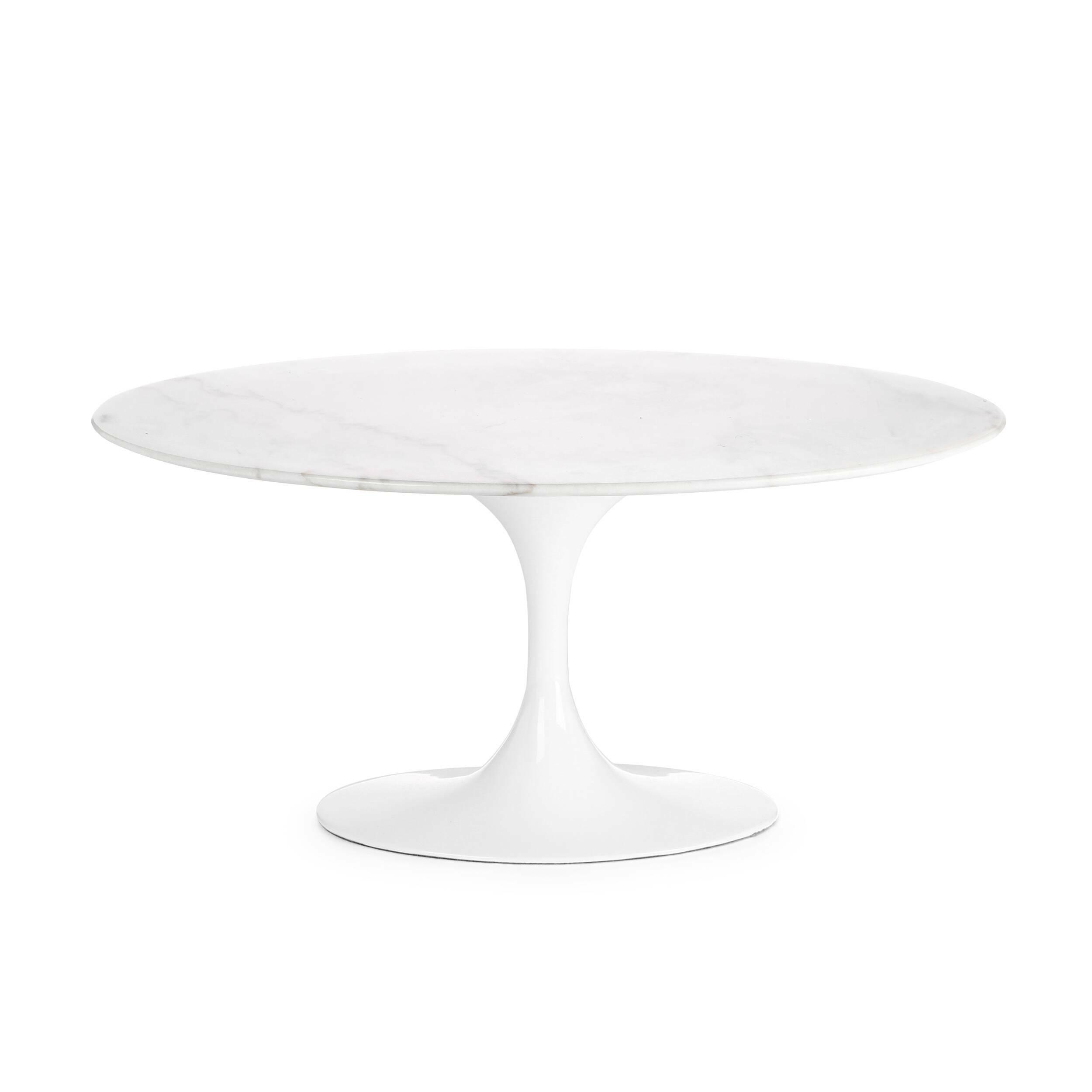 Кофейный стол Tulip с мраморной столешницей высота 41Кофейные столики<br>Дизайнерский белый круглый кофейный стол Tulip (Тьюлеп) с высотой 41 см на одной ножке от Cosmo (Космо).<br><br><br> Ээро Сааринен — крупный представитель американских архитекторов и промышленных дизайнеров. В ходе собственных экспериментов Ээро сформировал собственный неофутуристический стиль. В его направлении преобладает простота и широта структурных кривых. Настоящей находкой архитектора в создании мебели стала модель Tulip («тюльпан») — кресла и столы на одной опоре.<br><br><br> Кофейный стол Tul...<br><br>stock: 0<br>Высота: 41<br>Ширина: 55<br>Длина: 90<br>Цвет ножек: Белый глянец<br>Цвет столешницы: Белый<br>Материал столешницы: Мрамор китайский<br>Тип материала столешницы: Мрамор<br>Тип материала ножек: Алюминий
