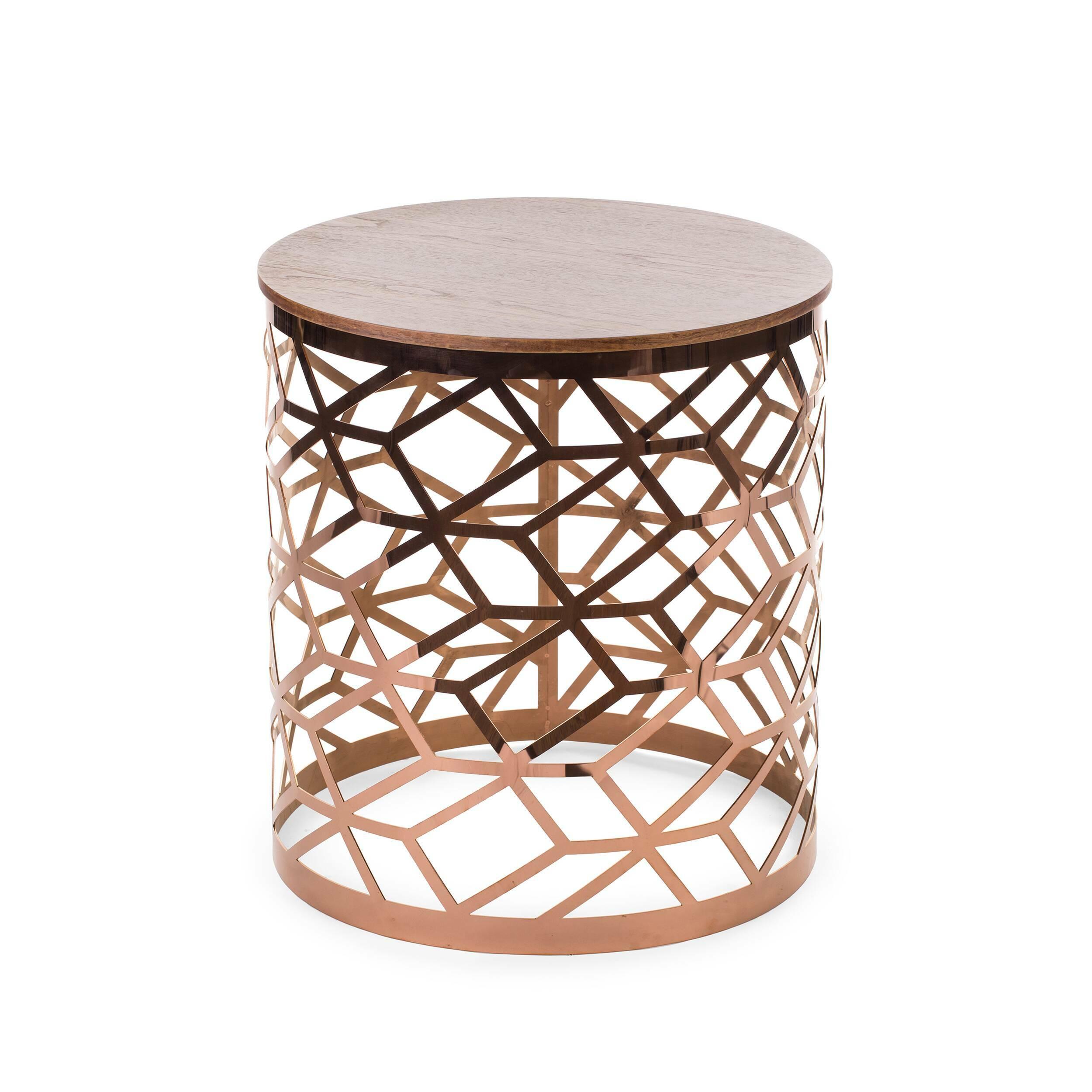 Кофейный стол FigaroКофейные столики<br>Дизайнерский круглый журнальный столик Figaro (Фигаро) из металла с деревянной столешницей от Cosmo (Космо).<br><br>В настоящее время кофейные столики набирают все большую популярность и становятся неотъемлемым атрибутом современной гостиной комнаты. Этот функциональный предмет интерьера всегда приходится к месту: его можно использовать для сервировки чаепития, в качестве столика для настольной лампы или же складывать на нем журналы и газеты. Как бы то ни было, красивый кофейный стол — это еще ...<br><br>stock: 0<br>Высота: 56<br>Диаметр: 50<br>Цвет ножек: Розовый хромированный<br>Цвет столешницы: Орех<br>Материал столешницы: Массив ореха<br>Тип материала столешницы: Дерево<br>Тип материала ножек: Металл