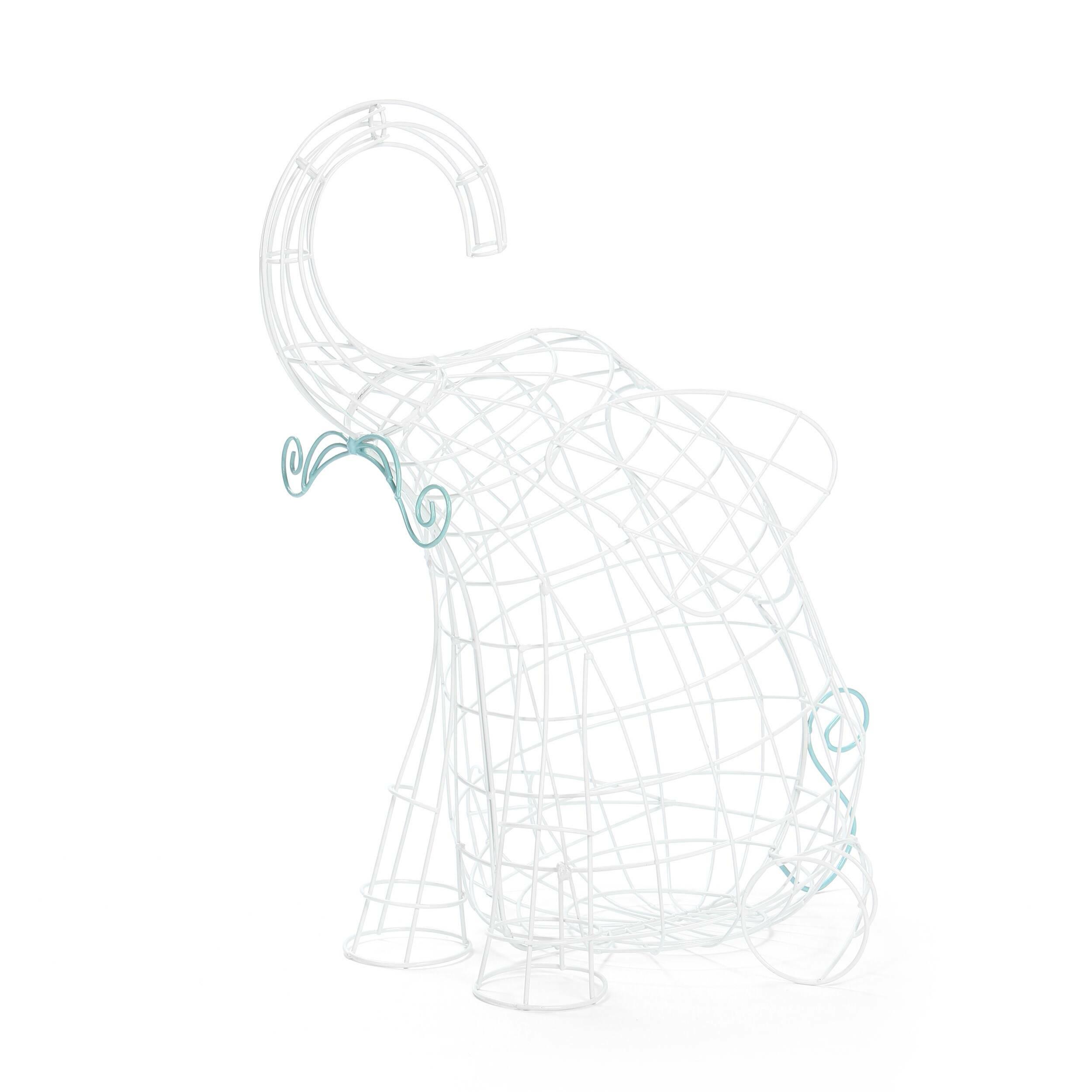 Корзина Fantastico Domestico ElephantРазное<br>Дизайнерская белая корзина для хранения Fantastico Domestico Elephant (Фонтастико Доместико Элефан) из тонких прутьев в форме слона от Seletti (Селетти).<br><br><br><br> Корзина Fantastico Domestico Elephant из серии корзин Domestico Fantastico. Компания Seletti всегда подходит неординарно к созданию коллекций товаров бытового назначения. «Ну, корзина, ну, для фруктов. Давайте ее сделаем пингвином! Или свиньей? Кроликом! А лучше всеми сразу!» Видно, так и получились с корзинами Domestico Fantastico, ...<br><br>stock: 2<br>Высота: 51<br>Ширина: 39<br>Материал: Металл<br>Цвет: Белый<br>Длина: 60
