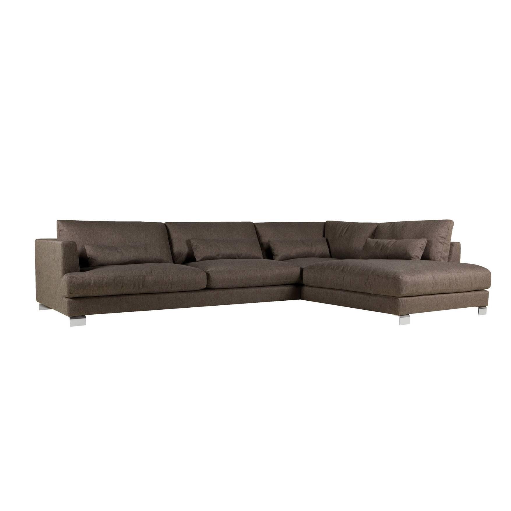 Угловой диван Brandon 1 правосторонний длина 345Угловые<br>Дизайнерский тёмный тканевый диван Brandon (Брэндон) на стальных ножках от Sits (Ситс).<br> Изысканный дизайн углового дивана Brandon 1 правосторонний длина 345 разработан ведущими дизайнерами компании мягкой мебели Sits. Диван выполнен в лучших традициях классического стиля. Диван представлен в двух вариантах: темно-коричневого цвета и насыщенного цвета баклажана. Есть в нем, однако, и черта, относящая его и к современному стилю, это хромированные стальные ножки, которые весьма успешно гармон...<br><br>stock: 0<br>Высота: 83<br>Высота сиденья: 46<br>Глубина: 108<br>Длина: 345<br>Цвет ножек: Хром<br>Материал обивки: Полипропилен, Полиэстер<br>Степень комфортности: Люкс<br>Форма подлокотников: Стандарт<br>Коллекция ткани: Категория ткани II<br>Тип материала обивки: Ткань<br>Тип материала ножек: Сталь нержавеющая<br>Длина шезлонга (см): 235<br>Цвет обивки: Тёмно-коричневый