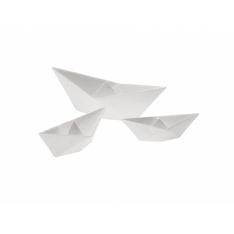 Набор фарфоровых корабликов MemorabiliaНастольные<br>Дизайнерская белые статуэтки набор корабликов Memorabilia (Меморабилия) из фарфора в форме корабликов от Seletti (Селетти).<br><br><br> Набор фарфоровых корабликов Memorabilia изготовлен из китайского фарфора и выполнен в классическом белом цвете. Данные изделия созданы дизайнерами всемирно признанной компании Seletti, которая на сегодняшний день славится своим экстраординарными и довольно смелыми взглядами на дизайн предметов современного и классического интерьера.<br><br><br><br><br><br> Набор оригинальных...<br><br>stock: 0<br>Материал: Фарфор<br>Цвет: Белый