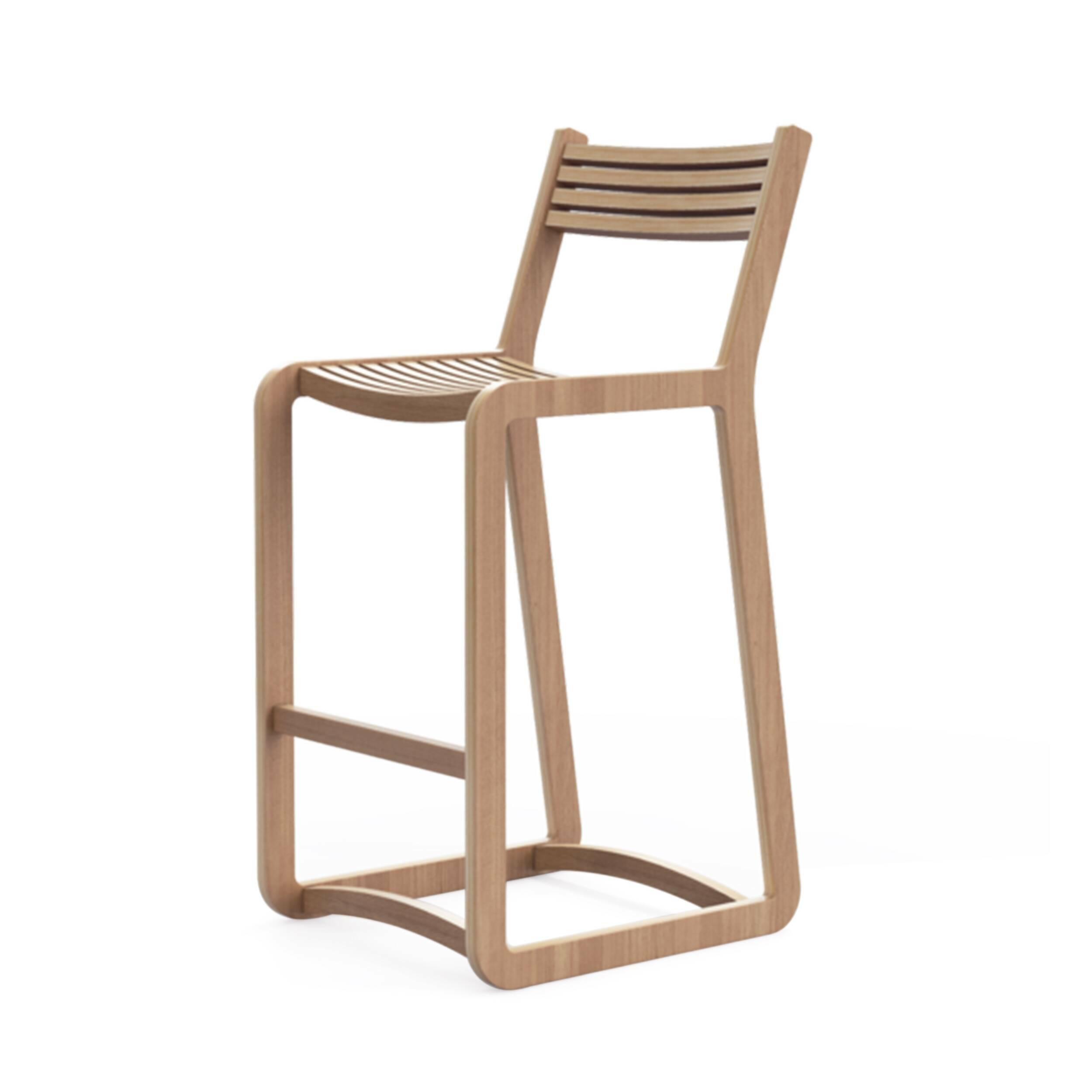 Барный стул DegerforsБарные<br>Дизайнерский коричневый барный стул Degerfors (Дегерфорс) из фанеры от Unika Moblar (Юника Моблар). <br>Dagerfors — небольшой модельный ряд мебели для жизни, состоящий из стульев, выполненных в одной стилистике. В каждой детали изделий узнается популярный среди динамичных и целеустремленных европейцев скандинавский стиль. Как и прочая продукция бренда, Dagerfors отличаются отличным качеством и лаконичностью. К ним невозможно придраться — в них читается пристальный контроль дизайнеров и производ...<br><br>stock: 0<br>Высота: 92<br>Ширина: 41<br>Глубина: 50<br>Материал каркаса: Фанера, шпон дуба<br>Тип материала каркаса: Фанера<br>Цвет каркаса: Дуб