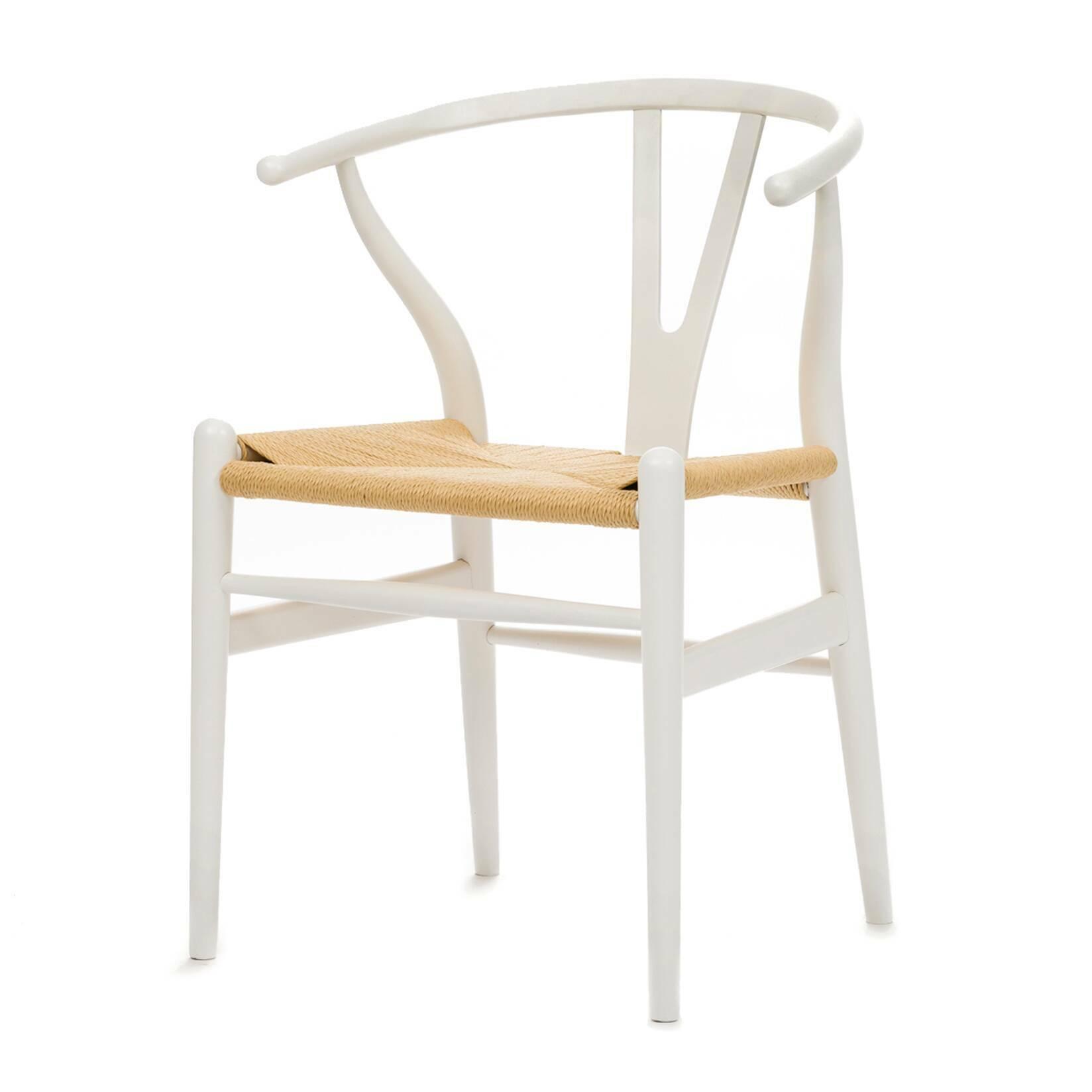 Стул Wishbone окрашеныйИнтерьерные<br>Дизайнерский деревянный стул Wishbone (Уишбон) с бумажным сиденьем от Cosmo (Космо).<br><br> Стул Wishbone был разработан в 1949 году передовым датским дизайнером мебели Хансом Вегнером. Стул Wishbone был создан под впечатлением от просмотра классических портретов датских торговцев, сидящих на китайских стульях династии Мин. Свое название стул Wishbone («вилка») получил за специфическую форму спинки сиденья.<br><br><br> Также известный как CH24, стул Wishbone окрашенный широко используется при оформле...<br><br>stock: 1<br>Высота: 76<br>Высота сиденья: 45<br>Ширина: 55,5<br>Глубина: 53,5<br>Материал каркаса: Массив бука<br>Тип материала каркаса: Дерево<br>Цвет сидения: Бежевый<br>Тип материала сидения: Корд бумажный<br>Цвет каркаса: Белый