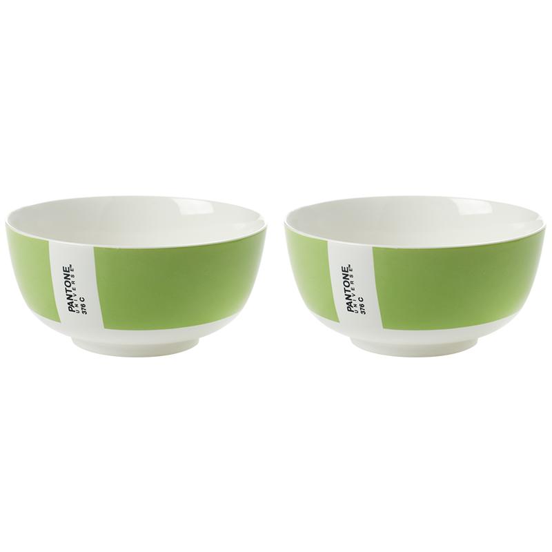 Салатник PANTONE, сет 2 шт. (B7614070_SET)Посуда<br>Артикул: B7614070_SET. Раскрасить свою жизнь яркими красками и сделать из каждого приема пищи веселый праздничный ритуал поможет набор тарелок PANTONE. Салатовый цвет ассоциируется с весной и летом, когда тепло, солнечно, а природа утопает в зелени. Организуйте праздник весны с помощью салатников ярких цветов от мирового законодателя моды в области цвета, института Pantone. Дизайн: Serax, Бельгия.<br><br>stock: 4<br>Высота: 6<br>Материал: Фарфор<br>Цвет: Зеленый<br>Размер: None<br>Диаметр: 12<br>Страна происхождения: Бельгия