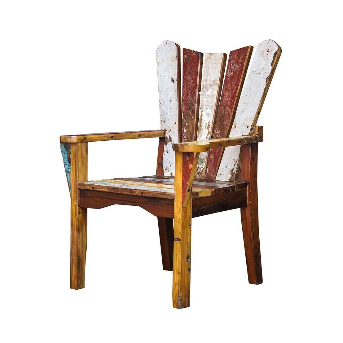 Кресло ЧеховИнтерьерные<br>Дизайнерское кресло Чехов из массива древесины с уникальной расцветкой от Like Lodka (Лайк Лодка).<br><br>Кресло Чехов выполнено из массива древесины старого рыбацкого судна, такой как тик, махагон, суар, с сохранением оригинальной многослойной окраски. Древесина обладает высокой износостойкостью, долговечностью и водоотталкивающими свойствами. Ее использовали индонезийские рыбаки для создания лодок, а мебель из нее подходит для использования как внутри помещения, так и снаружи. Покрыт натурал...<br><br>stock: 0<br>Высота: 110<br>Ширина: 75<br>Глубина: 65<br>Материал каркаса: Массив тика<br>Тип материала каркаса: Дерево<br>Цвет каркаса: Разноцветный