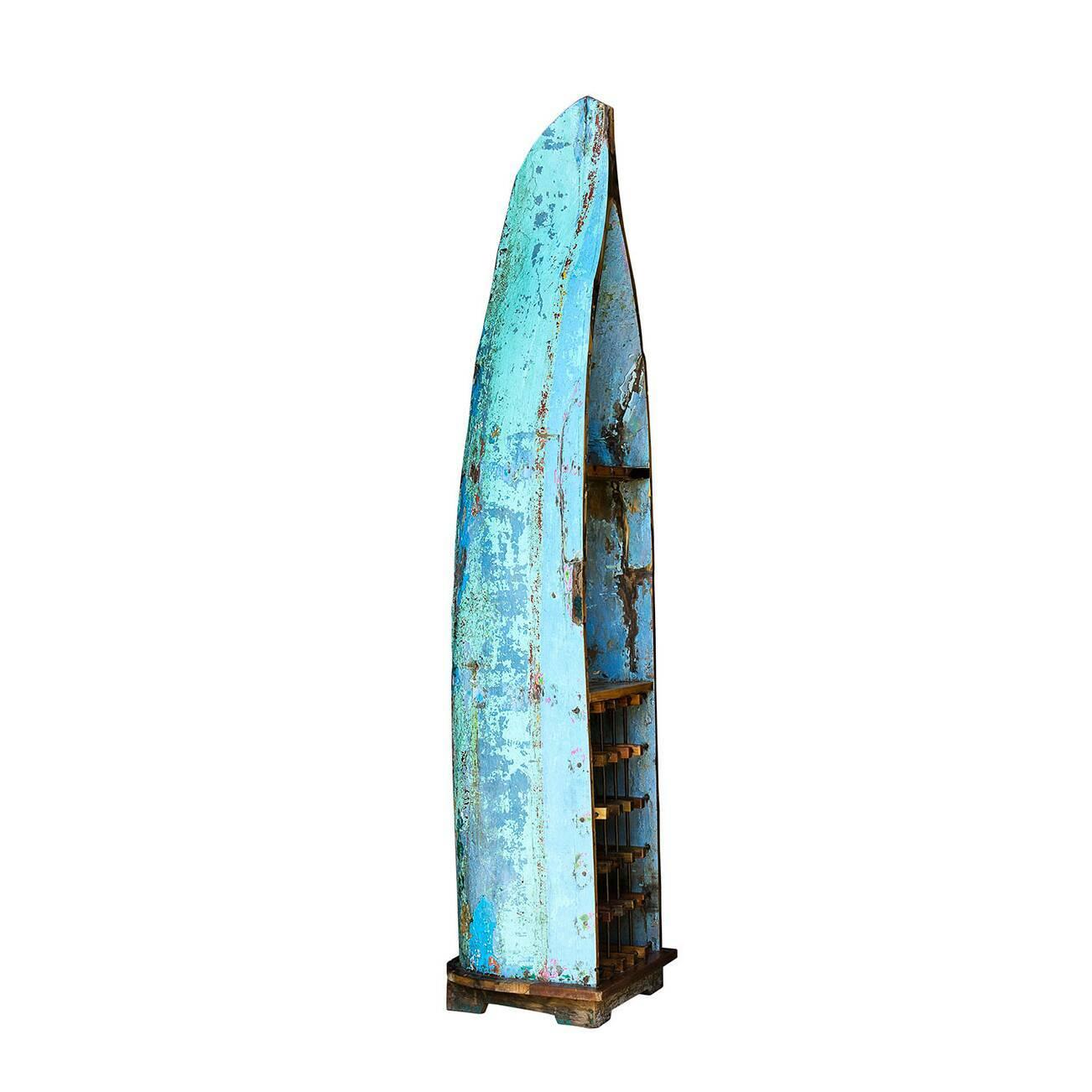 Стеллаж-лодка для вина ЛаперузСтеллажи<br>Стеллаж-лодка для вина Лаперуз — это винный шкаф, выполненный из старой рыбацкой лодки классической правильной формы с сохранением оригинальной многослойной окраски. Возраст лодки 15–35 лет. Предположительное место обитания – остров Ява (Центральная Индонезия). Лодка изготовлена из массива дерева по традиционной народной технике дагаут (dugout), что означает «лодка, выдолбленная из ствола дерева».<br> <br> Стеллаж-лодка для вина Лаперуз изготовлен из ценных твердых пород древесины (тик, махагон, ...<br><br>stock: 0<br>Высота: 225<br>Ширина: 58<br>Глубина: 48<br>Материал каркаса: Массив тика<br>Тип материала каркаса: Дерево<br>Цвет каркаса: Бирюзовый