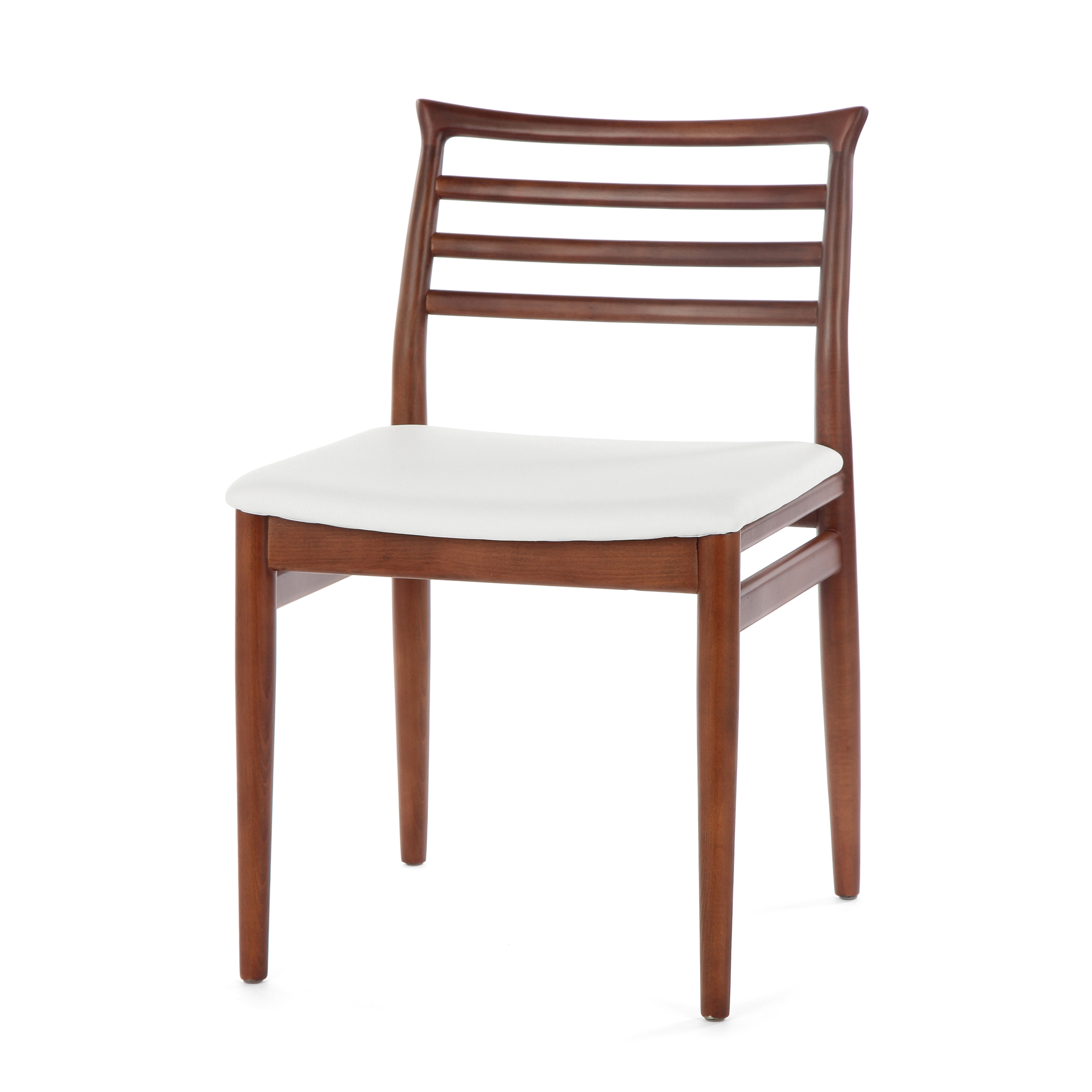 Обеденный стул BrunnИнтерьерные<br>Дизайнерский деревянный легкий стул Brunn (Брун) классической формы с кожаным сиденьем от Cosmo (Космо).<br><br>     Датский стиль означает особую функциональность всех предметов, используемых в интерьере. Он не перенасыщает помещение яркими красками и чрезмерным блеском. Разработанный в 1961 году стул Brunn — образец нетленной классики, сочетания элегантности и утонченного дизайна.<br><br><br>     Анатомической формы сиденье и спинка стула порадуют вас своей комфортностью. Стул сделан из американского...<br><br>stock: 15<br>Высота: 80<br>Высота сиденья: 46<br>Ширина: 49<br>Глубина: 52<br>Материал каркаса: Массив бука<br>Тип материала каркаса: Дерево<br>Материал сидения: Кожа искусственная<br>Цвет сидения: Белый<br>Тип материала сидения: Полиуретан<br>Коллекция ткани: Premium Grade PU<br>Цвет каркаса: Орех