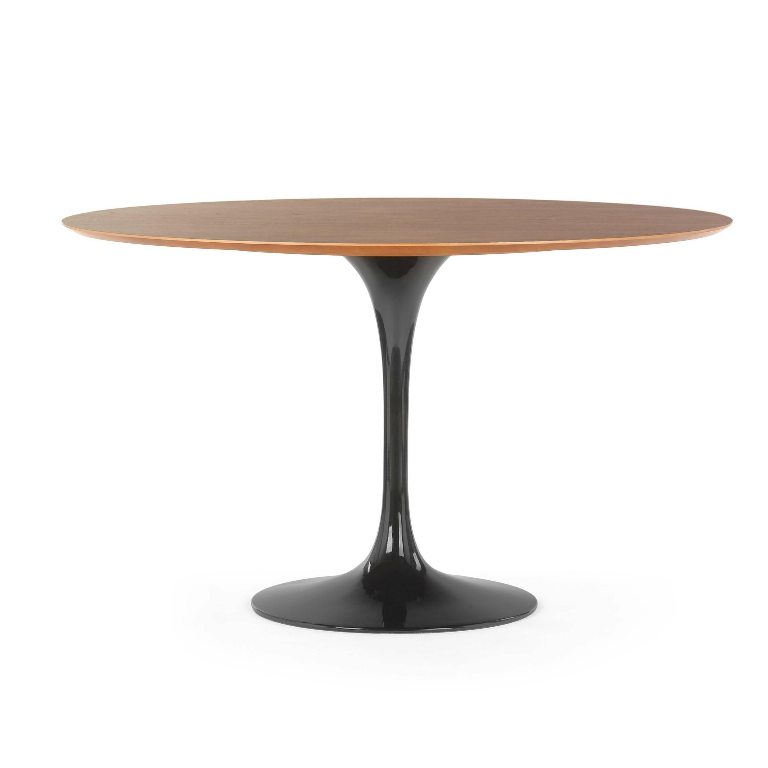 Обеденный стол Tulip с деревянной столешницей диаметр 122 стол обеденный опора металл орех монпелье 432903 шатура столы обеденные