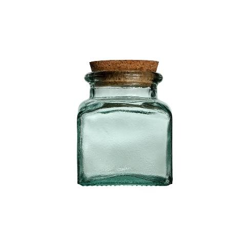 Банка Квадрато  (5086)Посуда<br>San Miguel (Испания) – это мощнейшая компания, которая занимается производством очень качественной и оригинальной продукции из переработанного стекла. Vidrios San Miguel известный бренд во всем мире. В наши дни, Vidrios San Miguel имеет более чем 25 000 торговых точек.  Vidrios San Miguel занимается производством стеклянных изделий: посуда, бутылки, вазы, сувениры, украшения и многое другое. Основной экспорт происходит в страны: западной и восточной Европы, Америки, Азии и Африки.<br><br>stock: 137<br>Высота: 15<br>Ширина: 13<br>Материал: Стекло<br>Цвет: Clear<br>Длина: 13<br>Ширина: 13<br>Высота: 15<br>Длина: 13