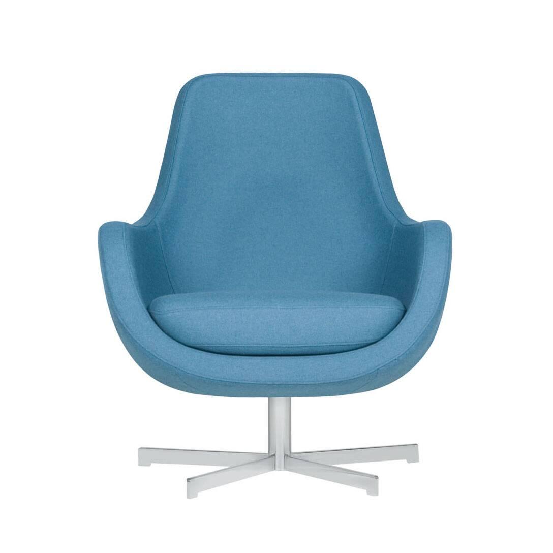 Кресло Stefani вращающеесяИнтерьерные<br>Нильс Гаммельгард — выдающийся датский дизайнер, сумевший найти свою нишу. Образованный и талантливый дизайнер вот уже 45 радует взыскательных любителей красивого интерьера. Как художнику ему удается создавать настоящие произведения искусства. Каждая его работа, предмет мебели, — это красивый и лаконичный дизайн, идеально подходящий для интерьера в скандинавском стиле.<br> <br> Один из его совершенных продуктов — кресло Stefani вращающееся. Эта выполненная в нескольких оттенках модель прекрасно г...<br><br>stock: 0<br>Высота: 87<br>Высота сиденья: 41<br>Ширина: 73<br>Глубина: 75<br>Цвет ножек: Серебро<br>Материал обивки: Шерсть, Полиамид<br>Степень комфортности: Стандарт комфорт<br>Форма подлокотников: Стандарт<br>Коллекция ткани: Категория ткани III<br>Тип материала обивки: Ткань<br>Тип материала ножек: Металл<br>Цвет обивки: Светло-бирюзовый