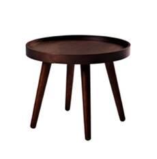 Кофейный стол Alma диаметр 46Кофейные столики<br>Миниатюрный кофейный столик способен стать замечательным функциональным украшением любого домашнего интерьера. Кофейный стол Alma диаметр 46 может использоваться как столик для утреннего кофе или вечернего чая, может стать стильной подставкой для любимых книжек или журналов и даже может играть роль удобного прикроватного столика, ведь его особая конструкция позволяет хранить на нем самые разные предметы.<br><br><br> Кофейный стол Alma диаметр 46 изготовлен из благородной породы дерева высочайше...<br><br>stock: 0<br>Высота: 37<br>Диаметр: 46<br>Тип материала каркаса: Дерево<br>Цвет каркаса: Темно-коричневый