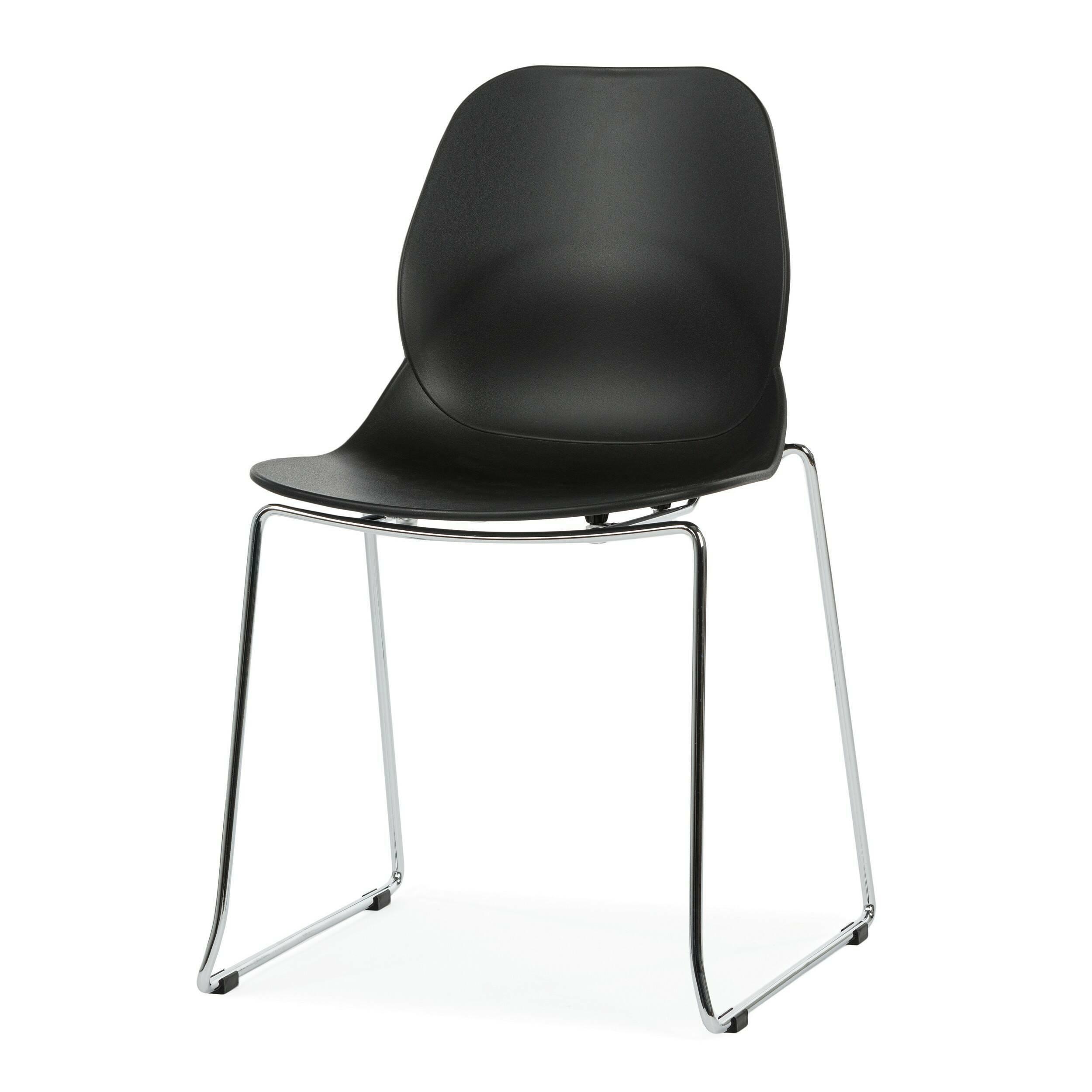 Стул LightweightИнтерьерные<br>Дизайнерский узкий высокий стул Lightweight (Лайтвейт) из пластика без подлокотников на тонких стальных ножках от Cosmo (Космо).<br>Стул Lightweight — это экономичный и стильный вариант мебели для офиса. Сглаженные формы сиденья, спинки и ножек приятны глазу. Сидеть же на нем невероятно комфортно, так как дизайнеры позаботились о своем потребителе, они спроектировали вогнутую спинку стула, благодаря которой отдых приятен и безвреден.<br> <br> Полипропилен, из которого выполнено сиденье, славится св...<br><br>stock: 3<br>Высота: 82,5<br>Ширина: 54<br>Глубина: 49,5<br>Цвет ножек: Хром<br>Цвет сидения: Черный<br>Тип материала сидения: Полипропилен<br>Тип материала ножек: Сталь нержавеющая