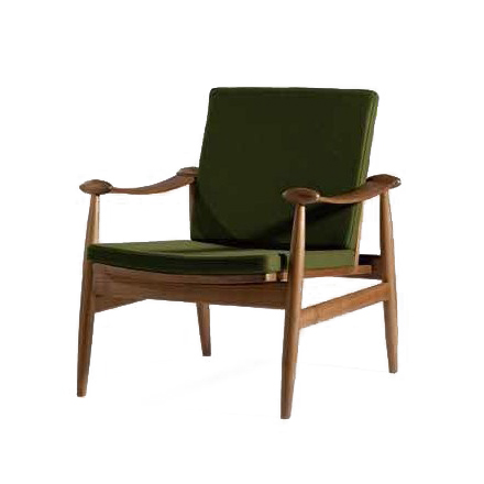 Кресло SpadeИнтерьерные<br>Дизайнерское легкое классическое кресло Spade (Спейд) с деревянным каркасом от Cosmo (Космо).<br><br><br> Кресло для отдыха с подлокотниками с простым и современным дизайном.<br><br><br> Кресло Spade первоначально было разработано в 1954 году. Это была первая работа Финна Юля, датского дизайнера, новатора своего времени. Настоящий датский шедевр ручной работы, предназначенный для массового производства. Кресло Spade создано по лекалам, в которые идеально вписывается человеческое тело, что делает кресл...<br><br>stock: 0<br>Высота: 79,5<br>Высота сиденья: 39<br>Ширина: 74<br>Глубина: 79<br>Материал каркаса: Массив ореха<br>Материал обивки: Шерсть, Нейлон<br>Тип материала каркаса: Дерево<br>Коллекция ткани: T Fabric<br>Тип материала обивки: Ткань<br>Цвет обивки: Зеленый<br>Цвет каркаса: Орех американский