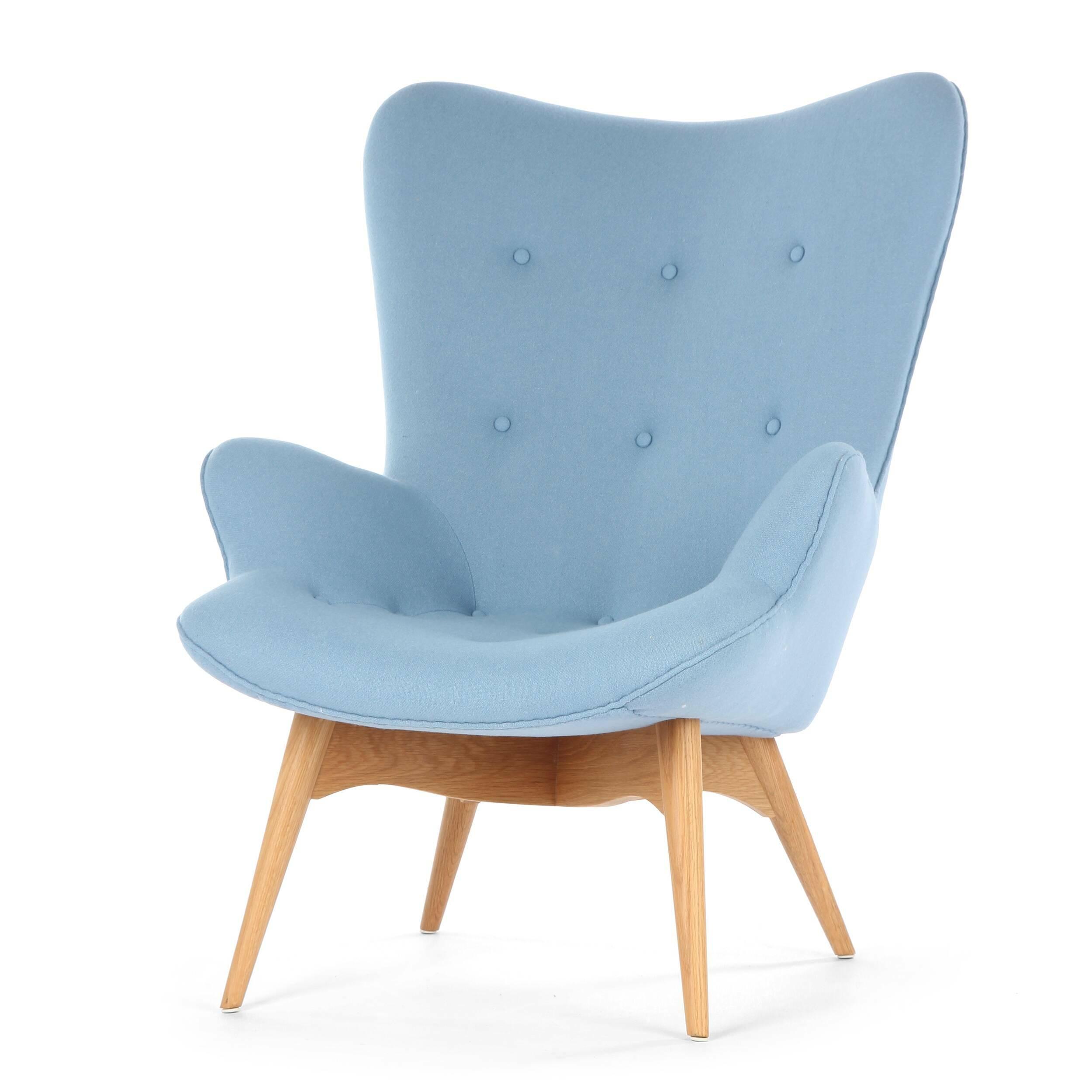 Кресло Contour 2Интерьерные<br>Дизайнерское глубокое кресло Contour 2 (Кантур 2) обивкой из ткани на деревянных ножках от Cosmo (Космо).<br><br><br> Австралийцы любят хороший дизайн во всем, от оформления винных бочонков до серферных досок. Одним из самых ярких дизайнеров стал художник Грант Фезерстон, который начал заниматься дизайном в сороковых годах прошлого столетия и с тех пор стал иконой стиля во всем мире.<br><br><br> Идеальное как для прихожей, так и для гостиной, оригинальное кресло Contour знаменует собой значительный о...<br><br>stock: 2<br>Высота: 91<br>Высота сиденья: 37<br>Ширина: 73,5<br>Глубина: 83<br>Цвет ножек: Дуб<br>Материал ножек: Массив дуба<br>Материал обивки: Шерсть, Нейлон<br>Коллекция ткани: T Fabric<br>Тип материала обивки: Ткань<br>Тип материала ножек: Дерево<br>Цвет обивки: Светло-голубой