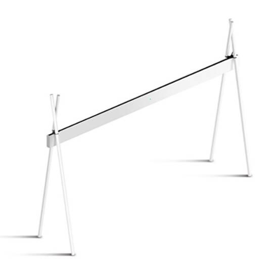 Напольный светильник Xtop 4200, WhiteНапольные<br>Напольный светильник Xtop 4200, White<br>создан для равномерного освещения рабочих поверхностей. Светильник стоит на четырех складных ножках, которые можно подогнать под стол любой длины. Светильник не занимает места на рабочей поверхности, обеспечивая значительно более качественное освещение по сравнению с настольными лампами. Пятиметровый провод позволяет подключить светильник к сети без удлинителей. Сенсорный диммер, расположенный в центральной части корпуса, позволяет легко настраивать ярко...<br><br>stock: 0<br>Высота: 210<br>Ширина: 75<br>Длина: 420<br>Длина провода: 500<br>Количество ламп: 1<br>Материал абажура: Алюминий<br>Материал арматуры: Дерево<br>Мощность лампы: 120<br>Ламп в комплекте: Да<br>Напряжение: 230<br>Степень защиты: 40<br>Теплота света: 3000<br>Тип лампы/цоколь: LED<br>Цвет абажура: Хром<br>Цвет арматуры: Белый<br>Цвет провода: Черный