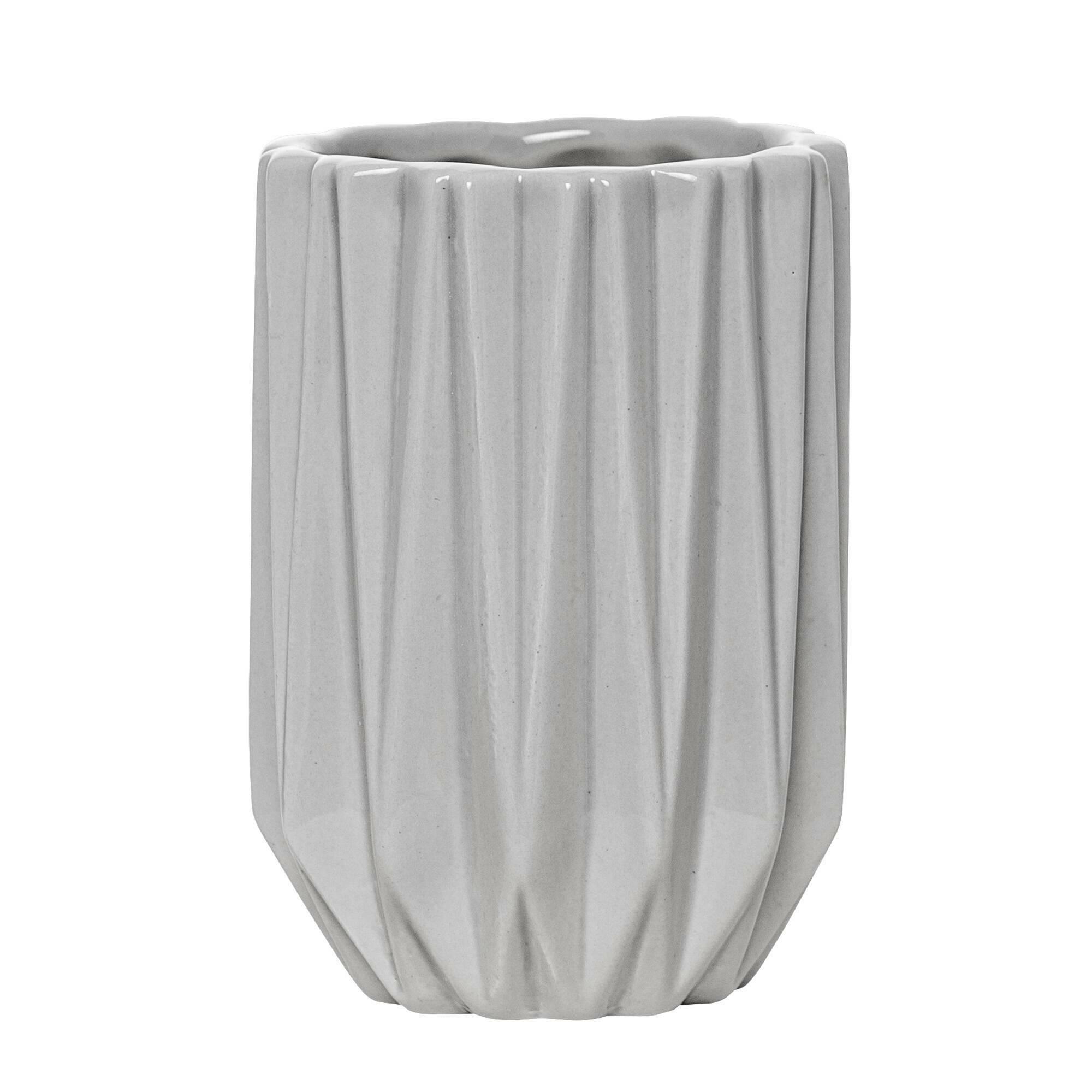 Стаканчик для ванных принадлежностей Geometric GreyРазное<br><br><br>stock: 0<br>Высота: 11<br>Материал: Керамика<br>Цвет: Серый<br>Диаметр: 7,5