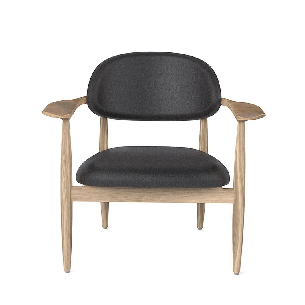 Кресло SlowИнтерьерные<br>Искусство интерьерного дизайна все больше направлено на практичность, комфорт и минимализм. Эти качества создают потрясающе красивую обстановку, в которой много пространства, света и воздуха – прекрасный вариант для создания вдохновляющего и уютного домашнего интерьера. Именно таким является кресло Slow от дизайнеров компании Stellar Works.<br><br><br> Модель выполнена из массива ясеня и кожи. Оба материала обладают высокой прочностью и практичностью, поверхность сиденья легко чистится. Проект...<br><br>stock: 0<br>Высота: 76,4<br>Высота сиденья: 41,8<br>Ширина: 80,7<br>Глубина: 67,2<br>Цвет ножек: Белый дуб<br>Материал ножек: Массив ясеня<br>Цвет сидения: Черный<br>Тип материала сидения: Кожа<br>Коллекция ткани: CARESS<br>Тип материала ножек: Дерево