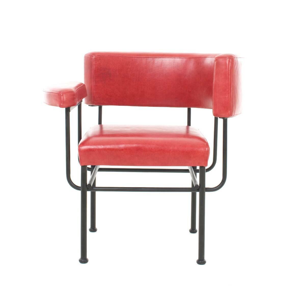 Кресло Cotton ClubИнтерьерные<br>Стильное и позитивное, кресло Cotton Club обладает яркой индивидуальностью, способной вмиг преобразить домашний интерьер, вдохнуть в него еще больше энергии, сочных цветов и новых форм. Дизайн этой модели разрабатывался проектировщиками Stellar Works – компании, создающей потрясающе красивые изделия, в которых изысканность и утонченность гармонично сочетаются с современным стилем и функциональностью.<br><br><br> Для «постройки» этого изделия используются самые современные и самые высококачеств...<br><br>stock: 0<br>Высота: 72<br>Высота сиденья: 44<br>Ширина: 72,8<br>Глубина: 57<br>Цвет ножек: Черный<br>Коллекция ткани: Leather B: Crystal<br>Тип материала обивки: Кожа<br>Тип материала ножек: Сталь<br>Цвет обивки: Красный