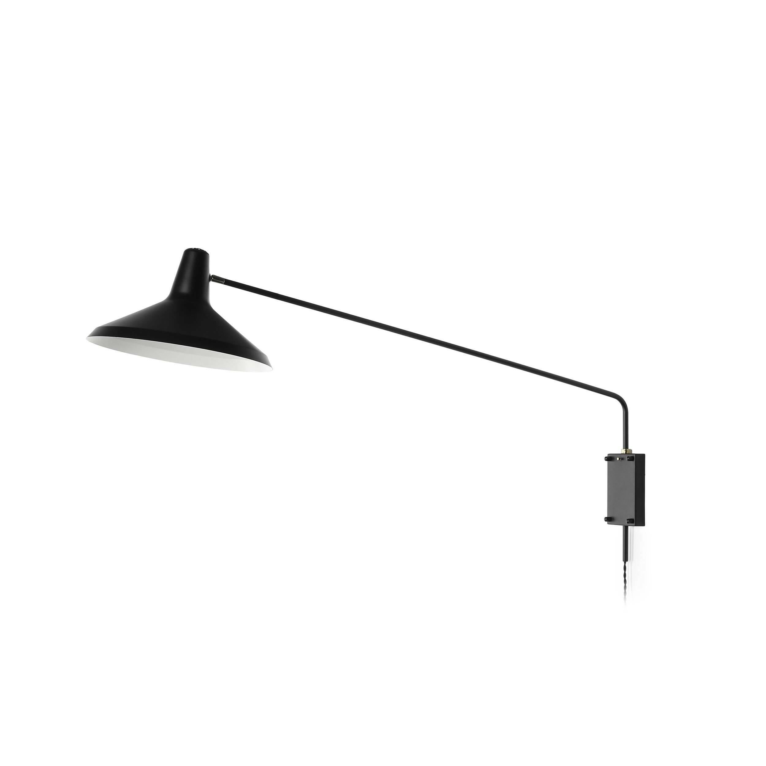 Настенный светильник OctaviaНастенные<br>Настенные светильники способны усиливать акцент определенной части помещения, и у владельцев часто появляется желание сменить расположение светильника. Именно здесь проявляются лучшие качества бра на кронштейнах – настенный светильник Octavia не только красив, но и функционально адаптирован под требования владельцев к освещению окружающего пространства.<br><br><br> Изделие можно крутить и поворачивать в разные стороны. Модель изготавливается из прочных, износостойких материалов, что обеспечивает...<br><br>stock: 1<br>Диаметр: 36,5<br>Длина: 122<br>Количество ламп: 1<br>Материал абажура: Алюминий<br>Материал арматуры: Металл<br>Мощность лампы: 60<br>Ламп в комплекте: Нет<br>Тип лампы/цоколь: E27<br>Цвет абажура: Черный<br>Цвет арматуры: Черный