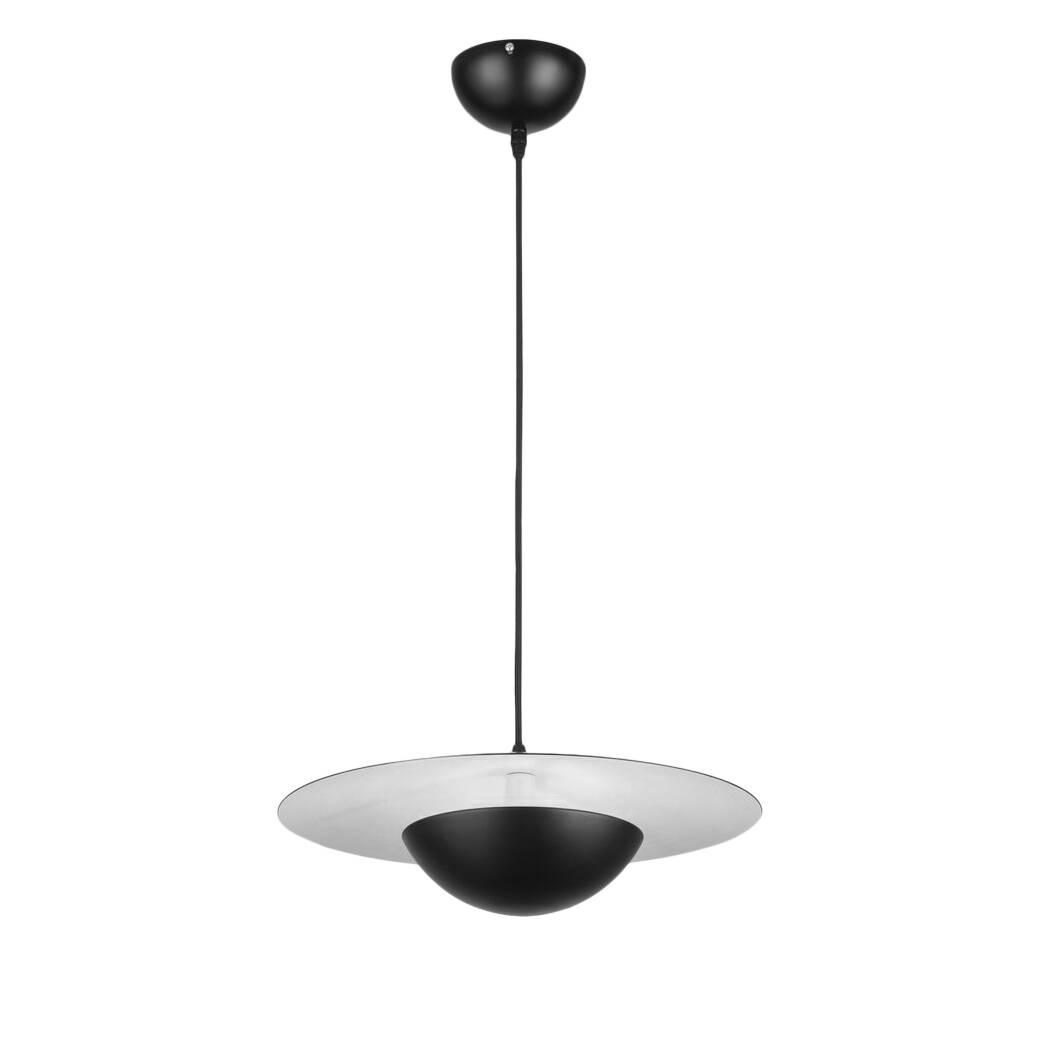 Подвесной светильник PiccoloПодвесные<br>В минималистичном интерьере каждая деталь несет в себе какую-то важную функцию, и освещение должно подбираться с особенной тщательностью, ведь именно оно призвано подчеркнуть свободное пространство комнаты и «пролить» свет в самые дальние ее уголки. Подвесной светильник Piccolo обладает умным дизайном, благодаря которому свет от лампы не расходуется на небольшой участок, а мягко рассеивается по всем сторонам.<br><br><br> Для создания этой модели используется один из наиболее надежных и практичны...<br><br>stock: 13<br>Диаметр: 41<br>Длина: 50<br>Количество ламп: 1<br>Материал арматуры: Металл<br>Мощность лампы: 8<br>Ламп в комплекте: Да<br>Тип лампы/цоколь: G9<br>Цвет абажура: Белый<br>Цвет арматуры: Черный