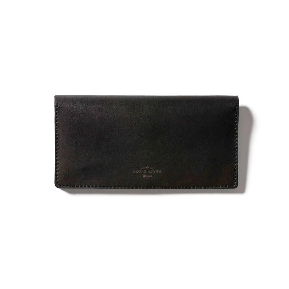 Бумажник на кнопках Denmark, черныйРазное<br>Дизайнерский бумажник на кнопках Denmark (Денмарк) – это элегантное классическое решение для повседневного использования. Бумажник оснащен несколькими кармашками для карт, они находятся на разных уровнях, благодаря чему вы легко сможете достать нужную вам карту. Имеется отделение для наличности, а также удобный карман на молнии.<br><br><br> Российская компания Long River, которая создала эту модель кошелька, очень тщательно отслеживает качество материалов для каждого изделия. Для создания Denmar...<br><br>stock: 0<br>Высота: 11<br>Ширина: 1<br>Материал: Кожа<br>Цвет: Черный<br>Длина: 21
