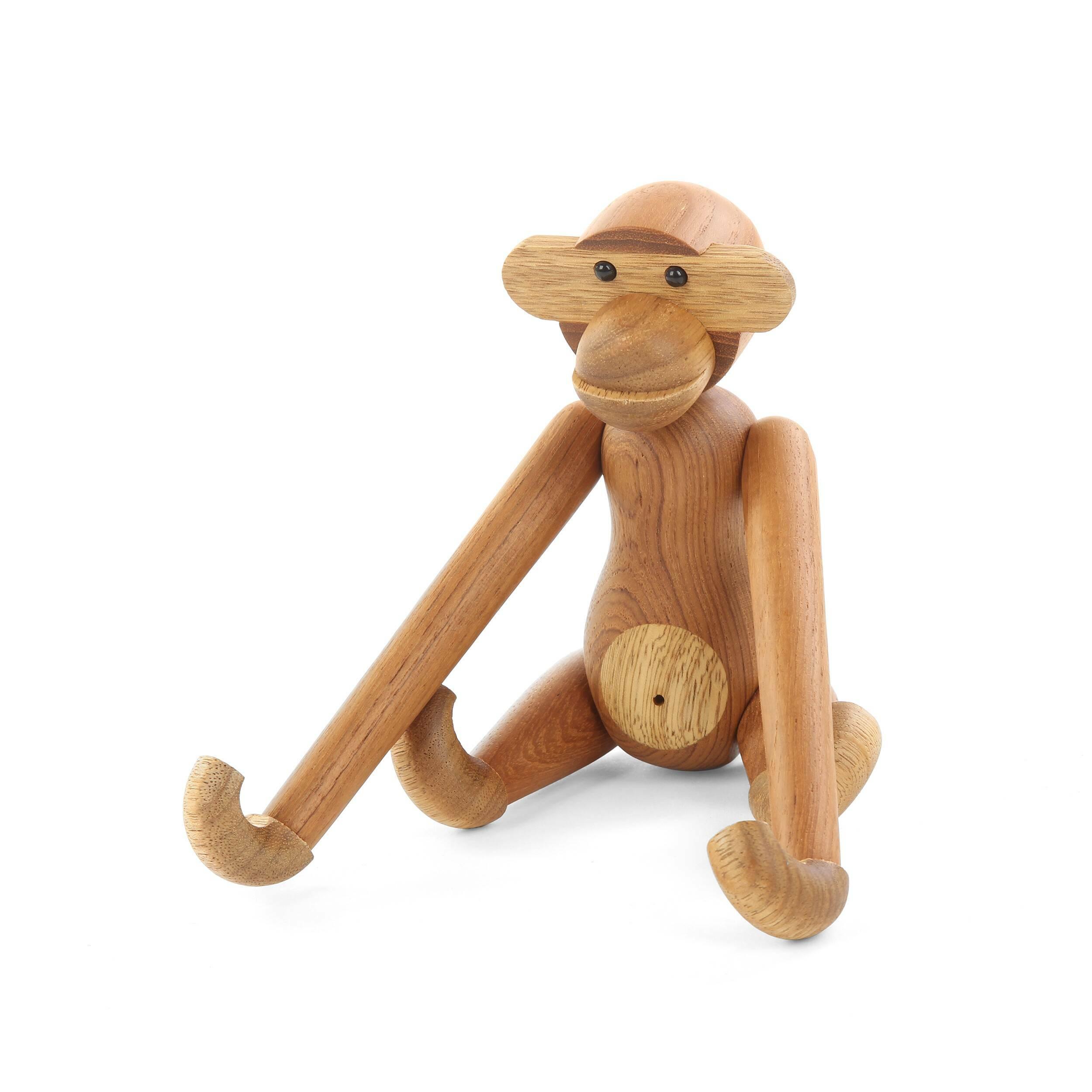 Статуэтка Pensive MonkeyНастольные<br>Хотите создать в помещении жизнерадостную и уютную атмосферу? Веселая дизайнерская статуэтка Pensive Monkey (Пэнсив Манки) станет замечательным «компаньоном». Фигурка обладает оригинальным оформлением и будет радовать всех ваших домочадцев и гостей.<br><br><br> Еще один несомненный плюс этой модели – это материал, который дизайнеры выбрали для ее создания. Экзотичный массив тика отличается экологичностью, высокой степенью прочности и очень красивым золотистым цветом и текстурой.<br><br><br> Эта ста...<br><br>stock: 17<br>Материал: Массив тика<br>Цвет: Коричневый<br>Длина: 20