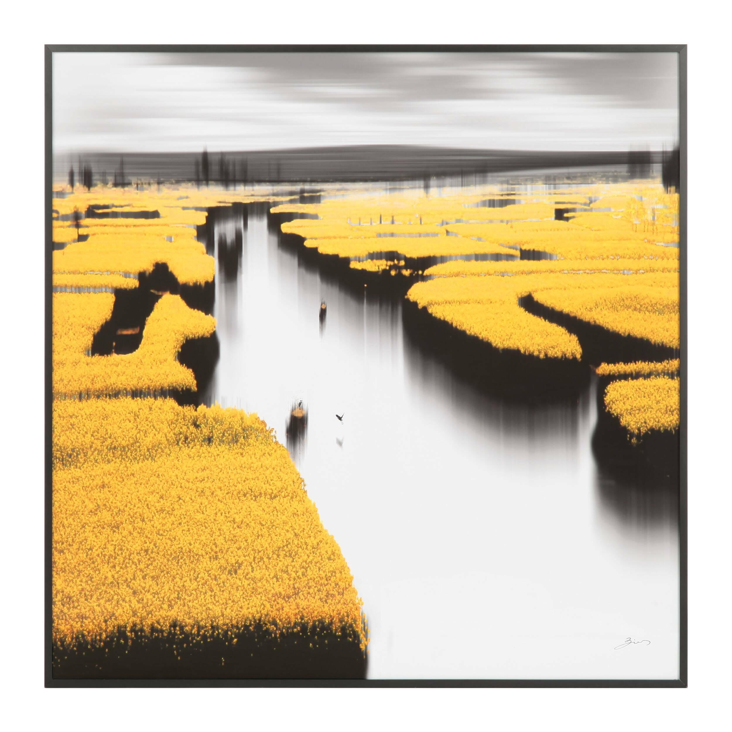 Постер Golden ShoresКартины<br>Большое полотно красивейшего пейзажа и невероятной цветовой гаммы – дизайнерский постер Golden Shores (Золотые Берега) удивляет своим уникальным стилем и оригинальным сочетанием ярких цветов. Особенное расположение цветов и эффектов создает ощущение присутствия – постер кажется объемным, благодаря чему визуально увеличивается пространство помещения.<br><br><br> Картина обладает внушительными размерами – она будет ярким и интересным акцентом в любом интерьере. Наилучшим образом постер будет смо...<br><br>stock: 6<br>Ширина: 90,4<br>Цвет: Желтый<br>Длина: 90,4<br>Цвет дополнительный: Темно-серый