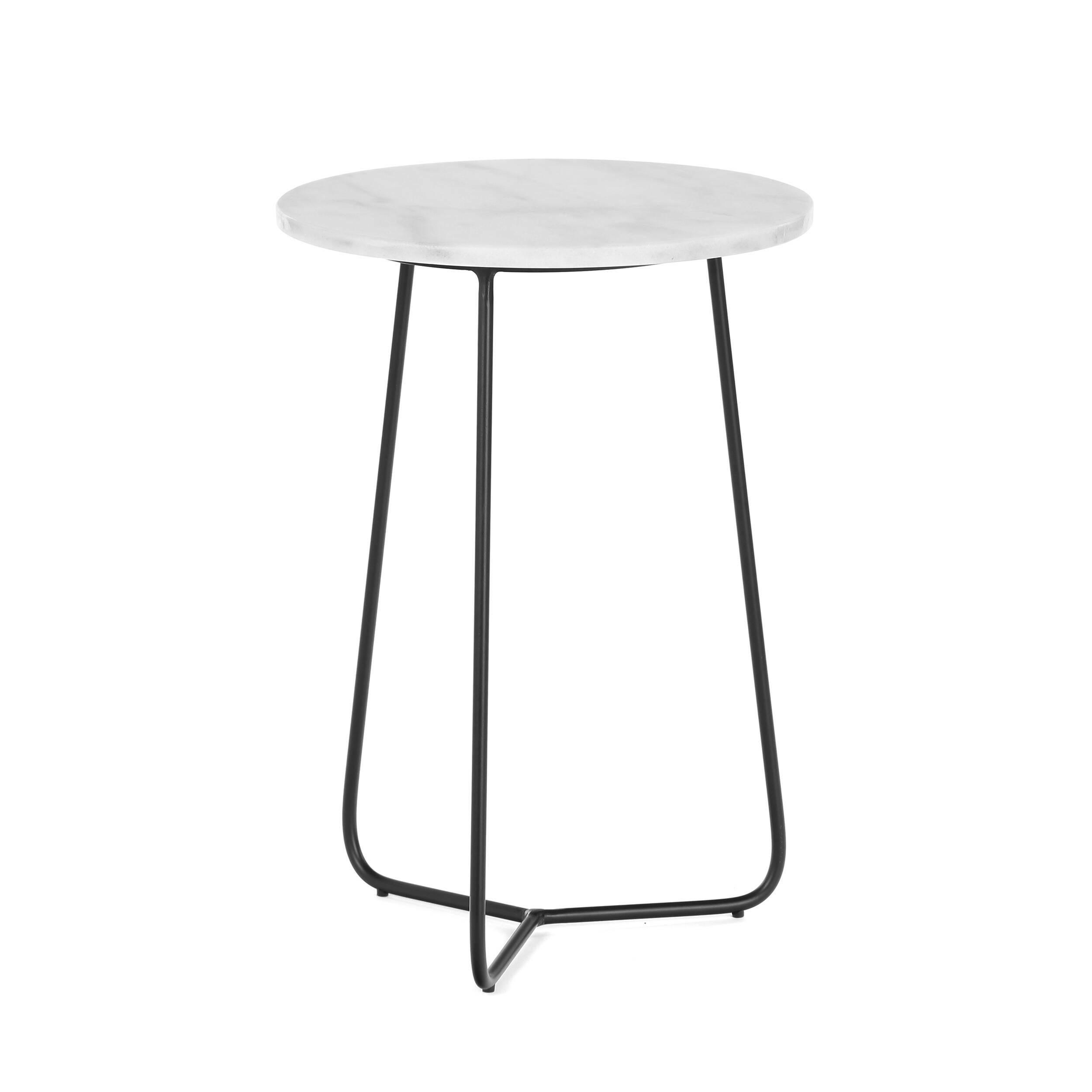 Кофейный стол March диаметр 35Кофейные столики<br>Очаровательный дизайнерский кофейный стол March диаметр 35 будет маленьким украшением для гостиной комнаты вашего дома. Он подойдет почти для всего, на нем можно устраивать утреннее чаепитие, на него можно складывать любимые журналы или разные мелочи. А еще он может стать прекрасной подставкой под цветочную вазу.<br><br><br> Эта модель представляет собой воплощение уникального сочетания надежности и изысканной красоты. Это достигается за счет используемого материала – мрамора, который историче...<br><br>stock: 11<br>Высота: 50<br>Диаметр: 35<br>Цвет ножек: Черный<br>Цвет столешницы: Белый<br>Тип материала столешницы: Мрамор<br>Тип материала ножек: Сталь