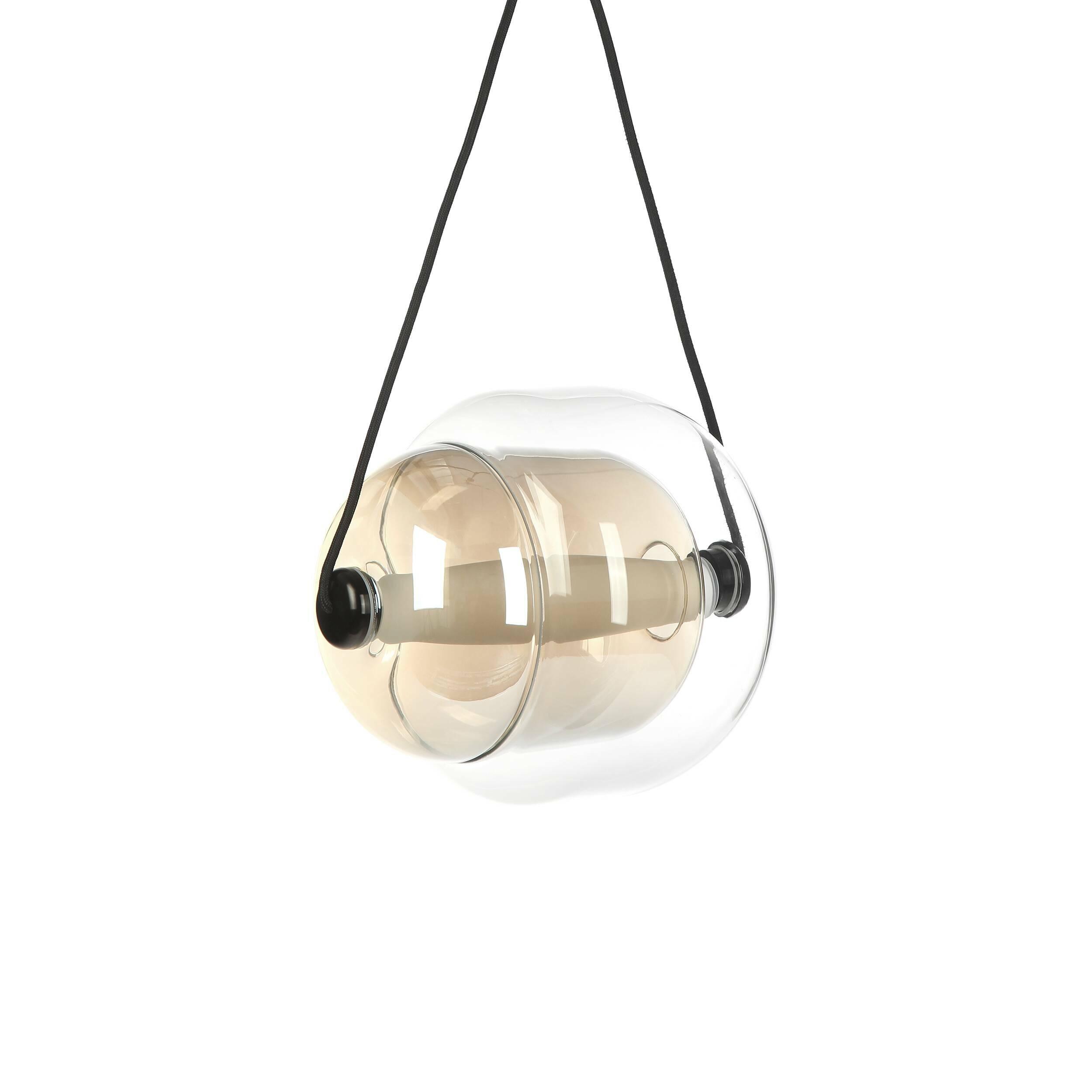 Подвесной светильник EmelineПодвесные<br>Стильный дизайнерский подвесной светильник Emeline (Эмелин) – это необыкновенно красивый источник освещения, который преобразит интерьер и любой комнате придаст больше энергии и домашнего уюта. Модель обладает динамичным дизайном, в ней прослеживается движение и особенный настрой. Такой светильник станет настоящим украшением даже самых роскошных апартаментов.<br><br><br> Светильник обладает интересной двойной формой и полностью сделан из прозрачного стекла. Крепления изготавливаются из прочног...<br><br>stock: 15<br>Высота: 180<br>Диаметр: 30<br>Материал абажура: Стекло<br>Материал арматуры: Алюминий<br>Мощность лампы: 8<br>Тип лампы/цоколь: LED<br>Цвет абажура: Янтарь<br>Цвет арматуры: Прозрачный