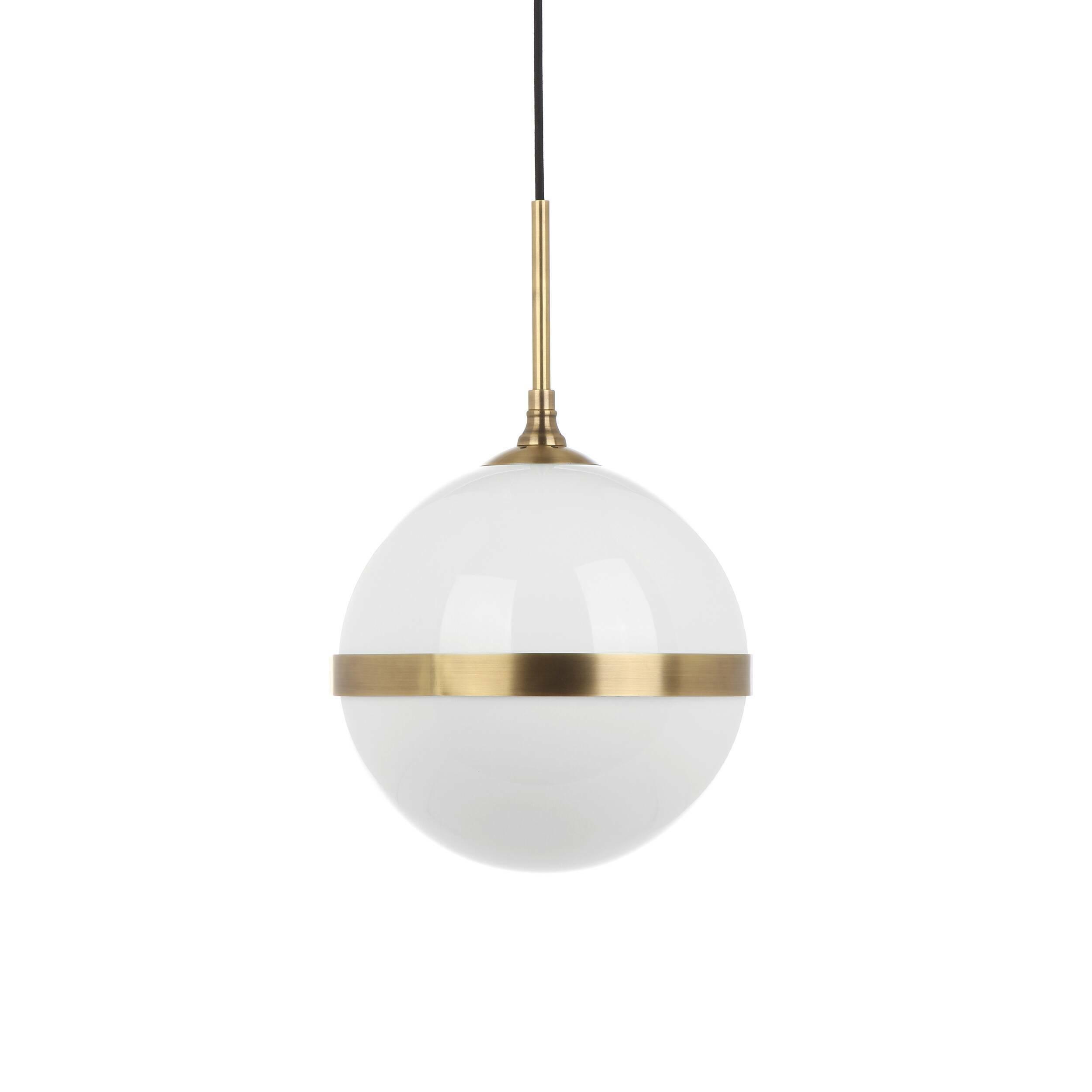 Подвесной светильник StarkeyПодвесные<br>Элегантный дизайнерский подвесной светильник Starkey (Старки) представляет собой красивый шар с минимумом деталей и декора. Изделие обладает красивейшей цветовой гаммой – латунный цвет очень похож на цвет старинного золота и всегда роскошно смотрится в интерьере.<br><br><br> Модель изготавливается из латуни и стекла. Для ее создания берутся только качественные материалы, что гарантирует надежность и долговечность светильника.<br><br><br> Оригинальный подвесной светильник Starkey – это универсальное...<br><br>stock: 0<br>Высота: 180<br>Диаметр: 30<br>Материал абажура: Стекло<br>Материал арматуры: Латунь<br>Мощность лампы: 40<br>Тип лампы/цоколь: E27<br>Цвет арматуры: Латунь