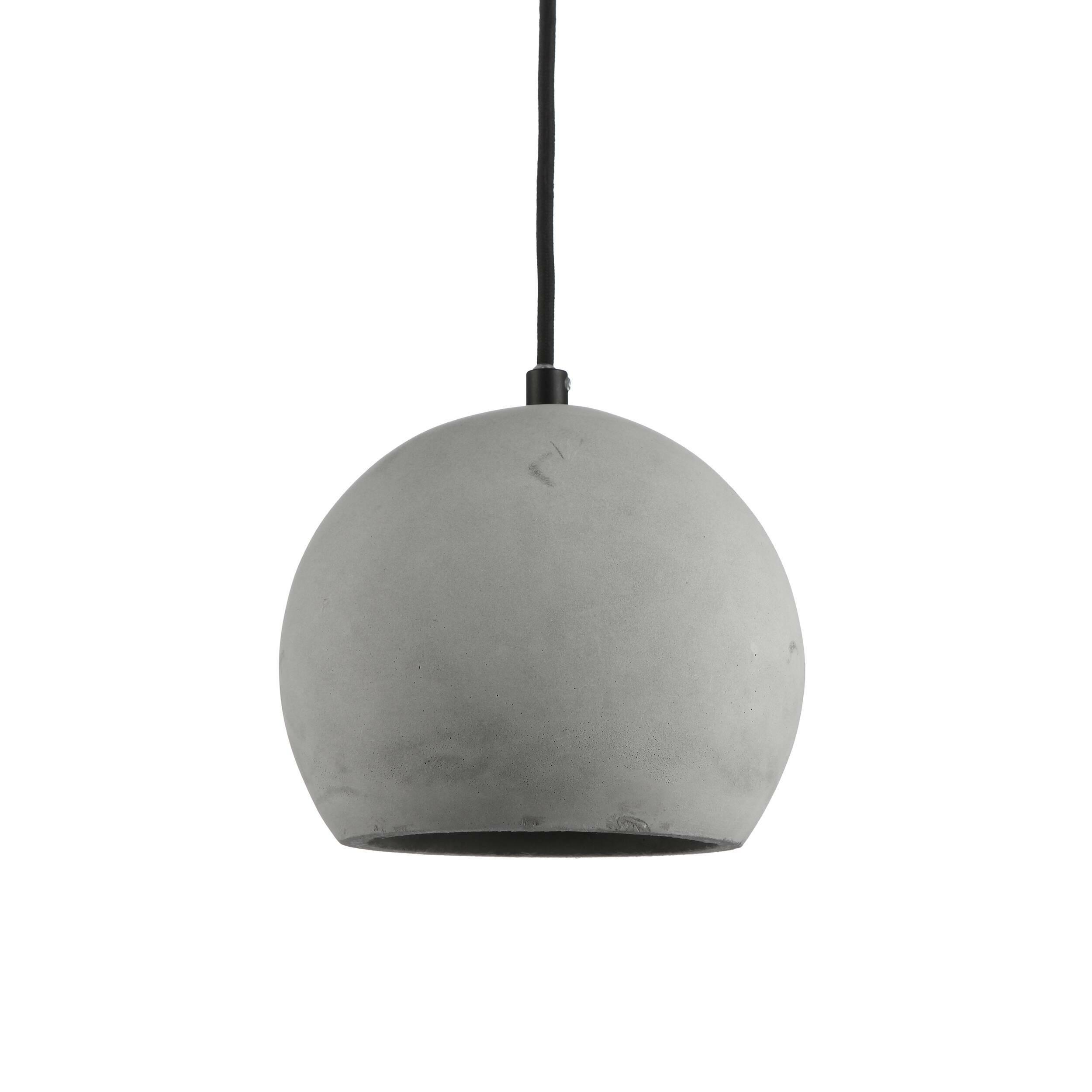 Подвесной светильник Nordic SphereПодвесные<br>Подвесной светильник Nordic Sphere — на первый взгляд, простая и весьма брутальная лампа, но на деле — самое последнее веяние в индустрии дизайна. Сегодня все дизайнеры пришли к тому, что современный интерьер должен быть ярким и индивидуальным, избавленным от любых границ и табу. Бетонный плафон лампы выглядит непривычно и одновременно заманчиво, уж больно велик соблазн обыграть этот предмет в интерьере, интегрировать в домашнее пространство и сделать заметной, «увесистой» деталью комнаты....<br><br>stock: 0<br>Диаметр: 20<br>Количество ламп: 1<br>Материал абажура: Бетон<br>Материал арматуры: Сталь<br>Мощность лампы: 40<br>Ламп в комплекте: Нет<br>Напряжение: 220<br>Тип лампы/цоколь: E14<br>Цвет абажура: Натуральный<br>Цвет арматуры: Черный