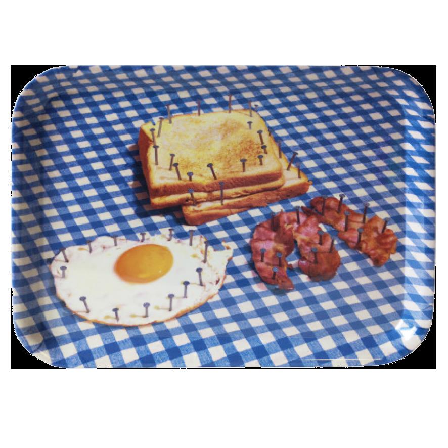 Поднос BreakfastПосуда<br>Поднос Breakfast из коллекции Toiletpaper от компании Seletti — это как раз то, что и следовало ожидать от этой дизайн-студии. Знаменитые на весь мир Seletti не раз прогремели своими коллекциями посуды и мебели провокационного содержания. Но за это их все и любят. <br> <br> Кухонная утварь Toiletpaper названа в честь одноименного журнала, основанного в 2010 году художником Маурицио Кателланом и фотографом Пьерпауло<br> Феррари. За время существования издания огромное количество изображений<br> из жур...<br><br>stock: 5<br>Высота: 32<br>Ширина: 43,5<br>Материал: Меламин