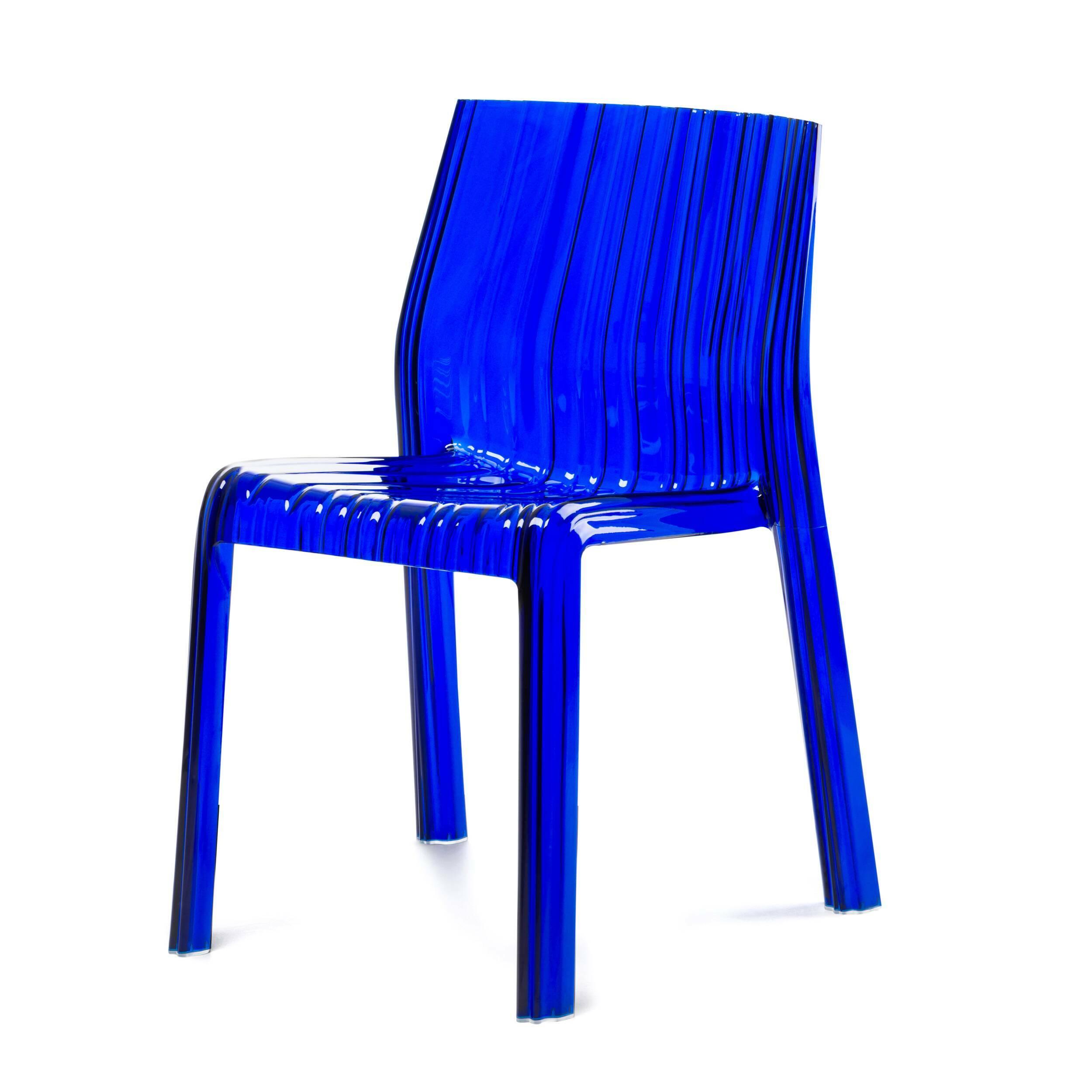 Стул ShimmeryИнтерьерные<br>Дизайнерский легкий синий прозрачный стул SHIMMERY (Шимери) из поликарбоната от Cosmo (Космо).<br><br>     Современный оригинальный стул Shimmery, изготовленный из твердого высококачественного поликарбоната, станет элегантной деталью в интерьере вашего дома, приятным и удобным дополнением рабочего пространства или стильным атрибутом отдыха на открытом воздухе около загородного коттеджа.<br><br>stock: 17<br>Высота: 89<br>Ширина: 42<br>Глубина: 43<br>Материал каркаса: Поликарбонат<br>Тип материала каркаса: Пластик<br>Цвет каркаса: Голубой