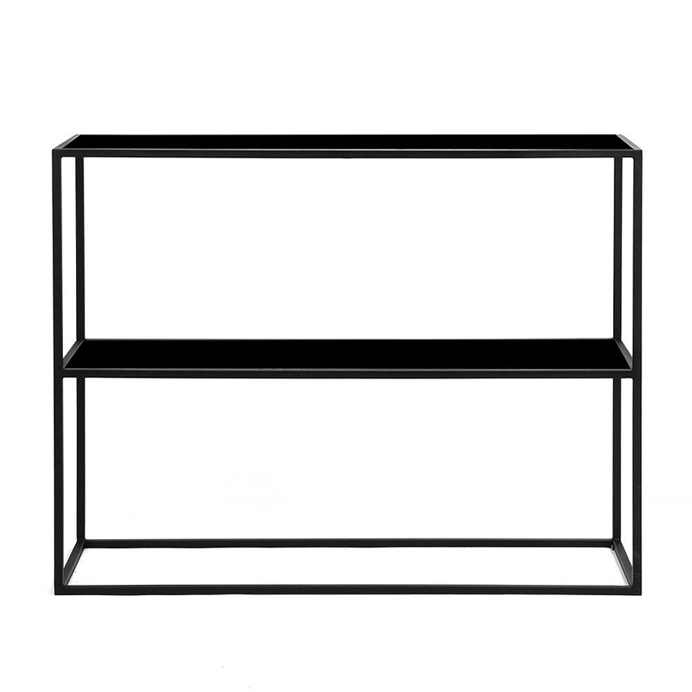Стеллаж Rash black черное стеклоСтеллажи<br>В дизайне стеллажа Rash black самое примечательное – это отсутствие чего-либо примечательного. В нем нет многообразия деталей или использованных материалов, цвета в отделке или необычных форм. Это делает его по-настоящему универсальным. Его можно использовать в интерьере жилой комнаты или коммерческой площадки, как в интерьере в стиле минимализм, так и хай-тек. Но главное, его можно поставить не только в комнате, но в помещении с повышенной влажностью. Благодаря тому, что в его конструкции ис...<br><br>stock: 0<br>Высота: 32.5<br>Ширина: 100<br>Длина: 84<br>Цвет столешницы: Черное стекло<br>Материал каркаса: Сталь<br>Тип материала каркаса: Металл<br>Тип материала столешницы: Стекло<br>Цвет каркаса: Черный