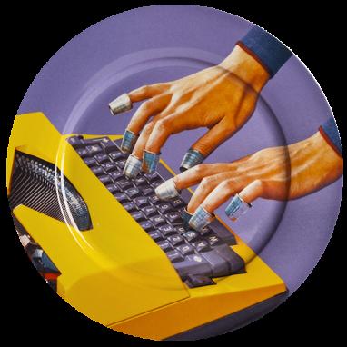 Тарелка Typewriter