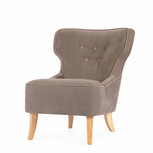 Кресло LisaИнтерьерные<br>На протяжении всей своей истории дизайнеры компании Sits создают настоящие шедевры мебельного искусства. Кресло Lisa — ярчайший пример их замечательных творений. Кресло выделяется своей удивительно удобной и элегантной формой: слегка изогнутые высокие ножки, широкая спинка и легкое цветовое оформление — все это в результате создает прекрасное место для полноценного отдыха.<br><br><br> Элегантные ножки кресла изготовлены из древесины дуба, известной своей невероятной прочностью и долговечностью...<br>