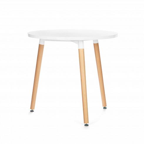 Обеденный стол FlexaОбеденные<br>Выполненный в стилистике 60-х годов стол Flexa отвечает требованиям к мебели тех времен. Особенно ценились такие качества мебели, как функциональность и лаконичность. Обязательным элементом считались ножки (в данном случае — деревянные), устойчивые и при этом не массивные, которые делали пространство более легким и визуально «прозрачным». К тому же такое решение существенно упрощало уборку помещения. Высоко ценилась простота и отсутствие излишнего декора, и гладкая белая поверхность стола...<br>