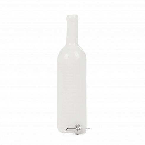 Сосуд Estetico Quotidiano для винаПосуда<br>Сосуд Estetico Quotidiano для вина из коллекции столовой посуды Estetico Quotidiano. Что внашей жизни может быть привычнее инезаметнее, чем, например, одноразовая посуда или пластиковые бутылки? Разве только посуда всобственном доме, нарисунок которой уже давно необращаешь внимания.<br><br> Дизайнер Алессандро Дзамбелли совместно с компанией Seletti выпустили коллекцию столовой посуды под названием Estetico Quotidiano, что можно перевести ситальянского языка к...<br>