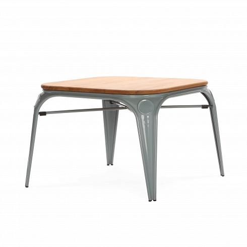 Стол LouixКофейные столики<br>Данная модель представляет собой кофейный столик, дизайн которого увековечен на страницах сотен глянцевых журналов о стиле и дизайне. Его дизайнер Александр Аразола виртуозно соединил практичность и эстетику. Творения Аразолы непросто стильные, они имеют свой характер, свое настроение. Легкость и простота присутствуют и в этом кофейном столе.<br><br><br> Кофейный стол Louix — это минималистичный дизайн, который полюбился миллионам европейцев. Как и коллекция Tolix, коллекция мебели Louix ...<br><br>DESIGNER: Alexandre Arazola