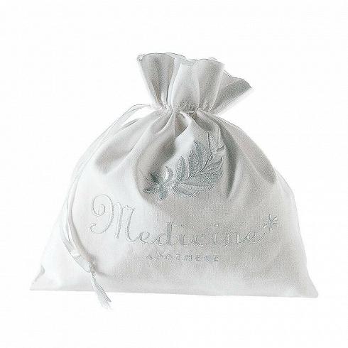 Сумка ApothekeРазное<br>Итальянский бренд Seletti производит не только суперсовременные и зачастую провокационные предметы декора, но и вполне традиционные вещи, позаимствованные из мира беленых домиков, черепичных крыш и старых олив на побережье.<br><br><br> Коллекция хлопчатобумажных мешочков и чехлов для белья и одежды так и называется — Guardaroba Mediterraneo, «Средиземноморский гардероб». Размеры и назначение могут быть разные: есть специальная сумка, чтобы хранить простыни. А есть поменьше — для купальников ил...<br>