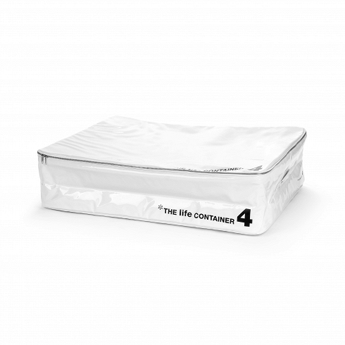 Контейнер для хранения The Life Container 4 белыйРазное<br>Контейнер для хранения The Life Container 4 белый — с ним вы сможете использовать гардероб по максимуму и всегда будете знать, где и что лежит. <br> <br> Коллекция The Life Container состоит из четырех контейнеров разного размера, выполненных в двух цветах — черном и белом. Каждый из них снабжен надежной молнией, которая помогает уберечь содержимое от влаги и пыли, а также мягкой ручкой, которая придется кстати при переноске. Материал, из которого выполнен контейнер, — ПВХ-пластик, обладающий пре...<br>
